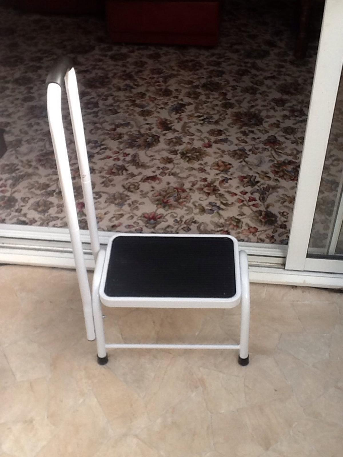 Step Stool With Handle Kitchen Caravan In Sk11 Gawsworth For 10 00 For Sale Shpock
