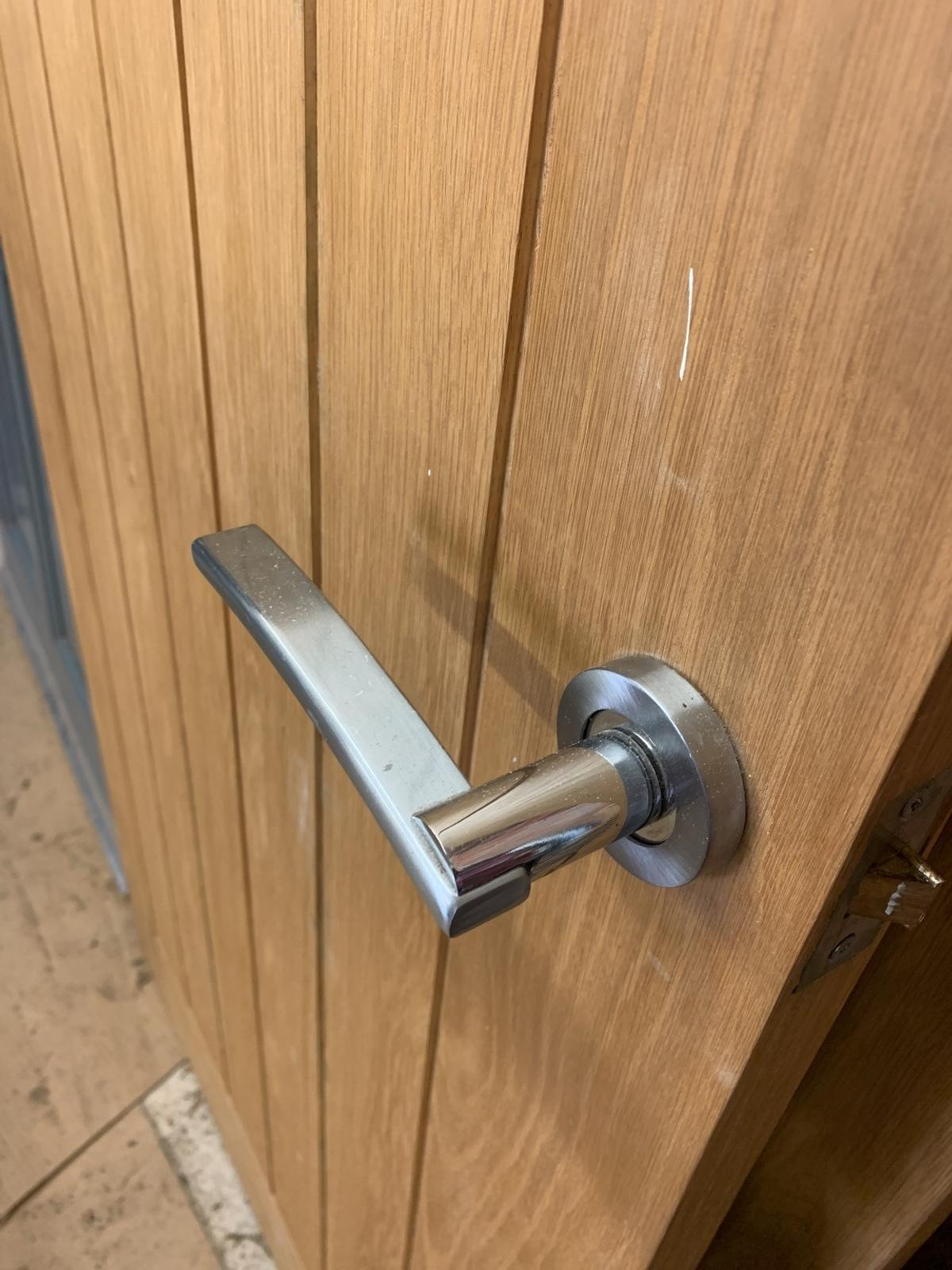 Not solid oak - out casing oak. Various sizes around 197cm high and 76cm wide.  Hinges and handles included.  Please see pictures. Collection only