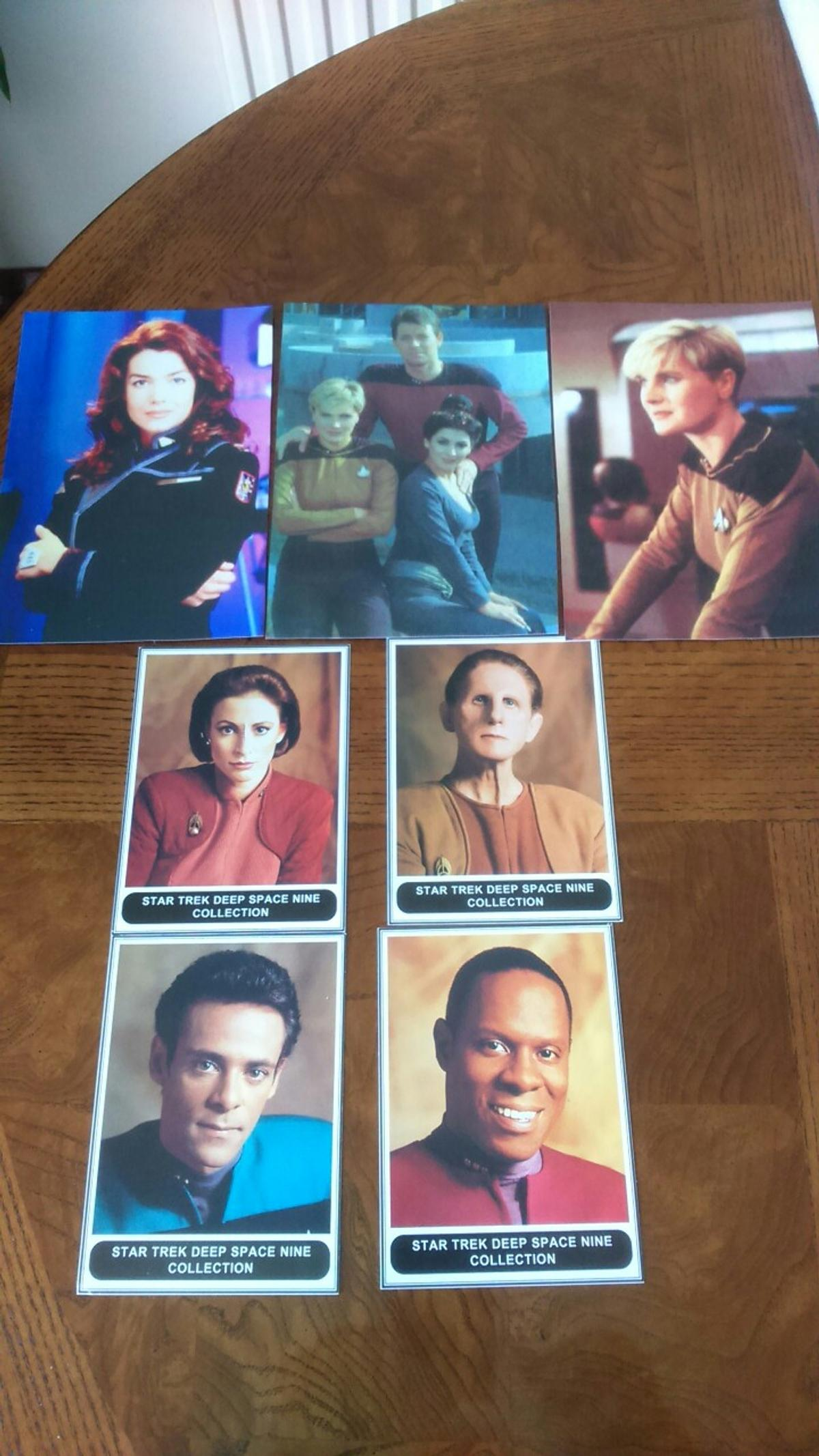 Star Trek Portrait and Voyager cards. Plus 2 x 3D Cards: First Contact/Independent Day. Total of 17 Cards. In very good condition. Good collection for a Star trek fans