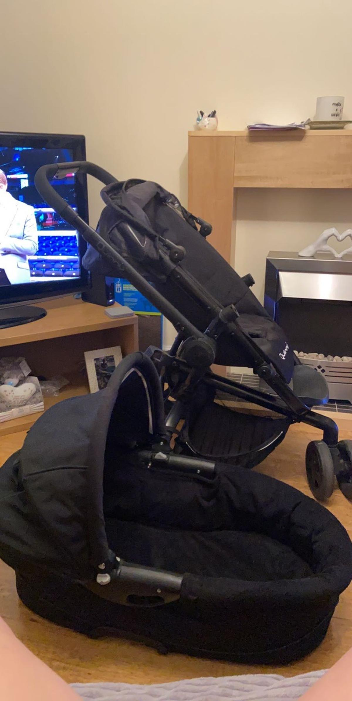Quinny dreami pram comes with foot muff, shopping basket, extra insert and large carrycot. Good condition. Will deliver to local area.
