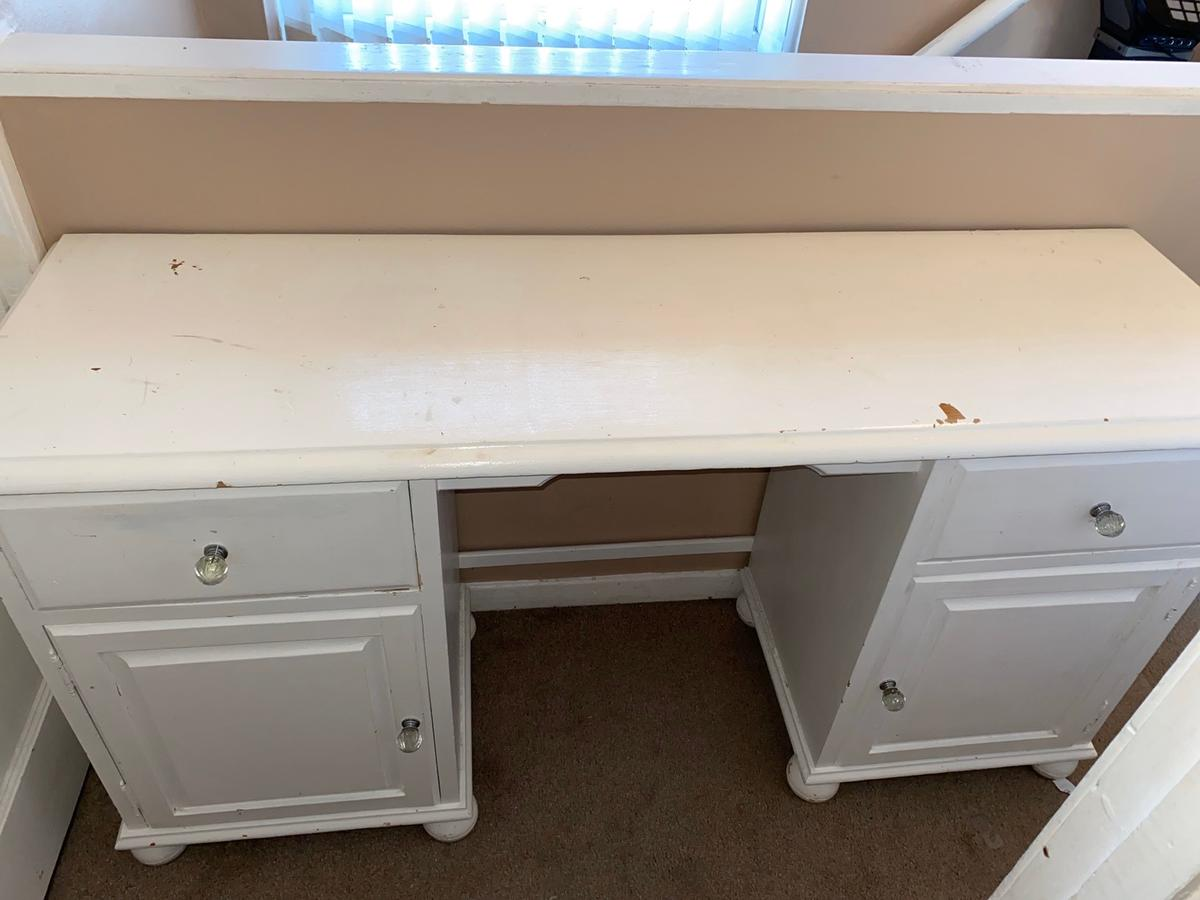 White dressing table with 2 draws & cupboards  Pick up Woodchurch Ch49