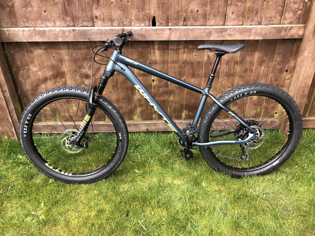 Whyte 901 27.5 Mountain Bike, 2019, Size M, Petrol/lime, Excellent Condition. Little use from new, 12speed SRAM groupset just fitted... 07730318899 Cash on collection Wrexham North Wales or will post for cost of delivery if paid by BACS