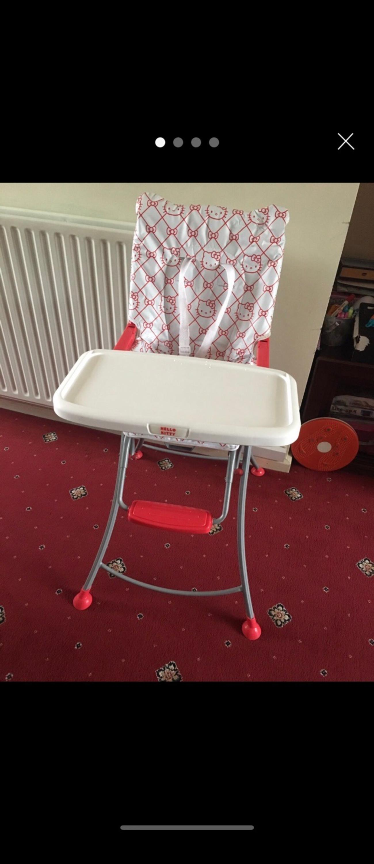 Hello kitty folding high chair Compact In very good condition and clean