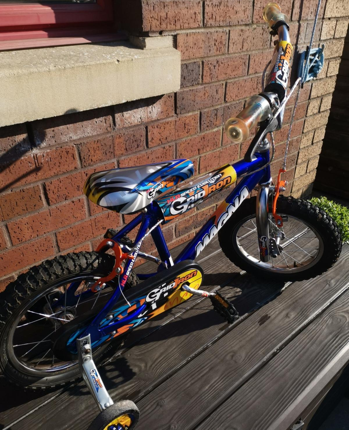 Child's 10.5 inch bike with stabilizers in very good condition ready to use, very clean, from pet and smoke free home. No posting.