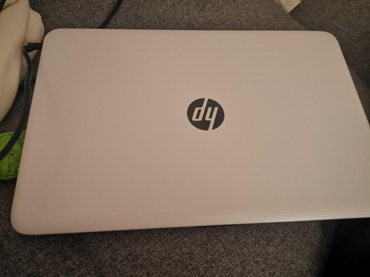 HP SVQQRGOJ  Selling a HP white colour Laptop. In good condition, no major signs of wear and tear. Comes with original charger and two batteries.  *1 issue - laptop has charging issue fails to fully charge the batteries. Still works in full but battery is always low on power.  I will listen to offers. This computer has very good specs still with 8 GB Ram and AMD Radeon