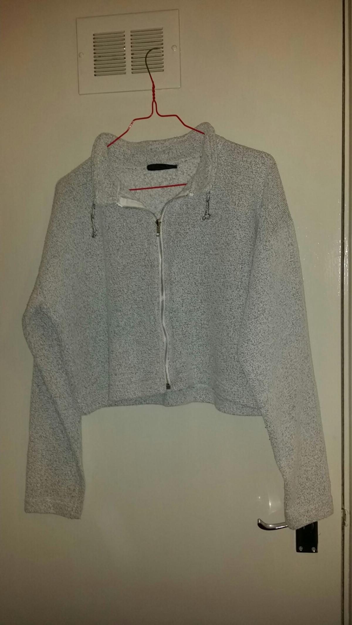 soft gray zip jacket.size.16..pick up only wythall.B47..