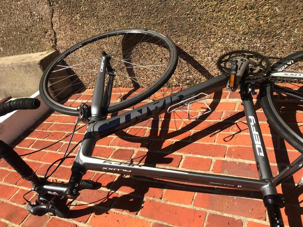 Large frame very gd condition Shimano gears all works fine