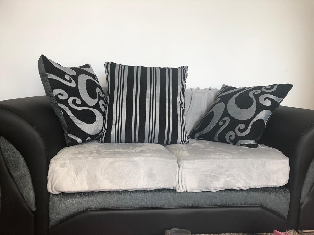 BRAND NEW ORDERED LAST WEEK not enough room for them in living room offers