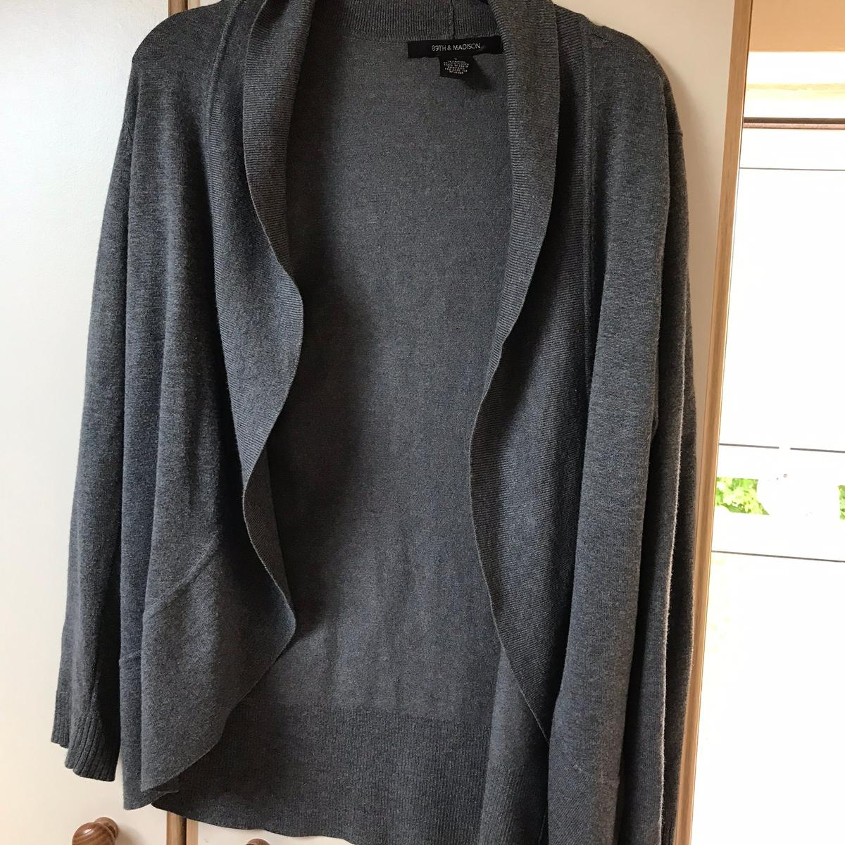 In good condition From 89th & madison Colour grey Collection and delivery available