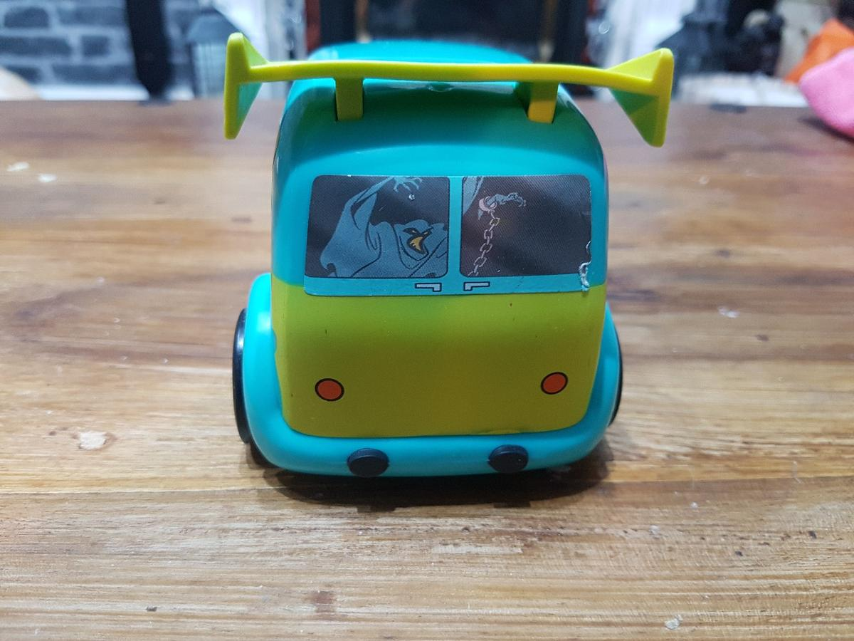 Scooby doo pull back friction mystery machine van