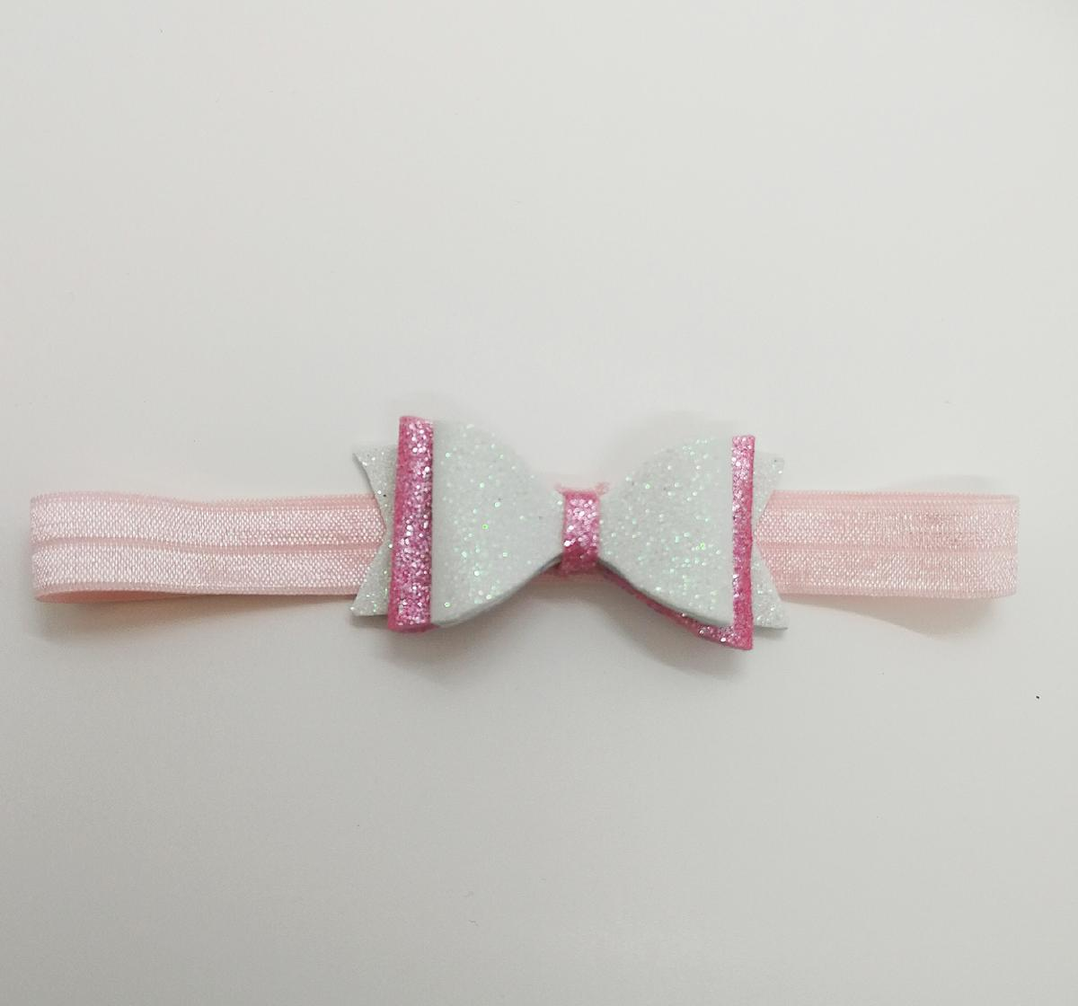 FREE GIFT WITH EVERY ORDER! Available in clips, bobble or baby headband, can be made in different colours, please have a look at my other items and feel free to contact me if you have any questions. Have a nice day :)