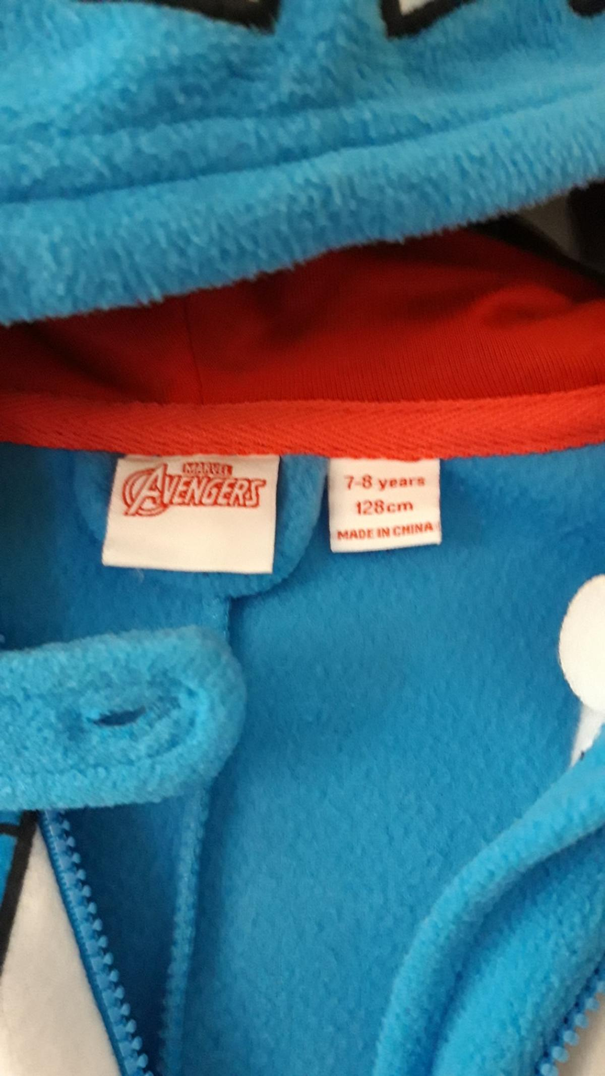 boys avengers onsie with hood been worn does have bits of bobbling in places will need re washing been stored in cupboard age 7 8 years collection only