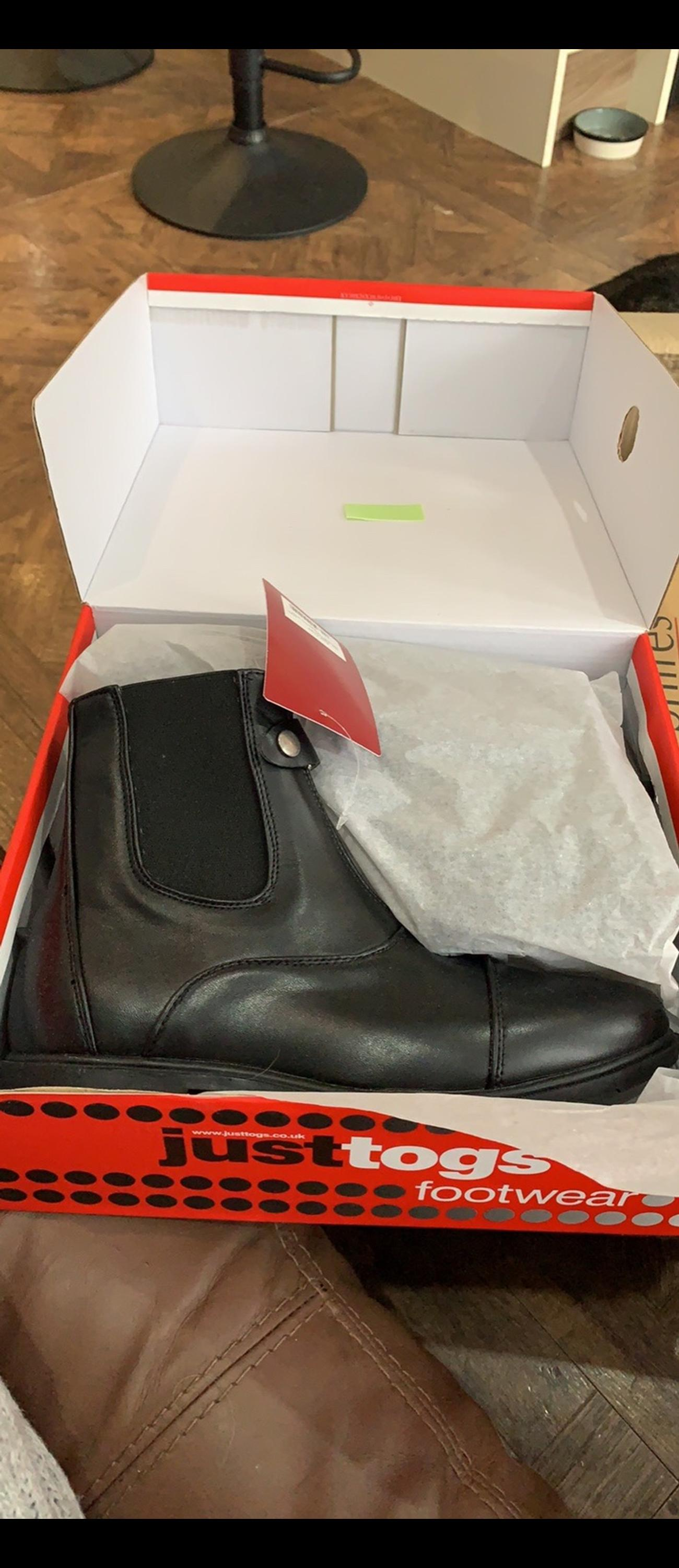 Just tog black jod boots. Size 7. Brand new in the box. RRP £29.99 Also have these in a size 4.