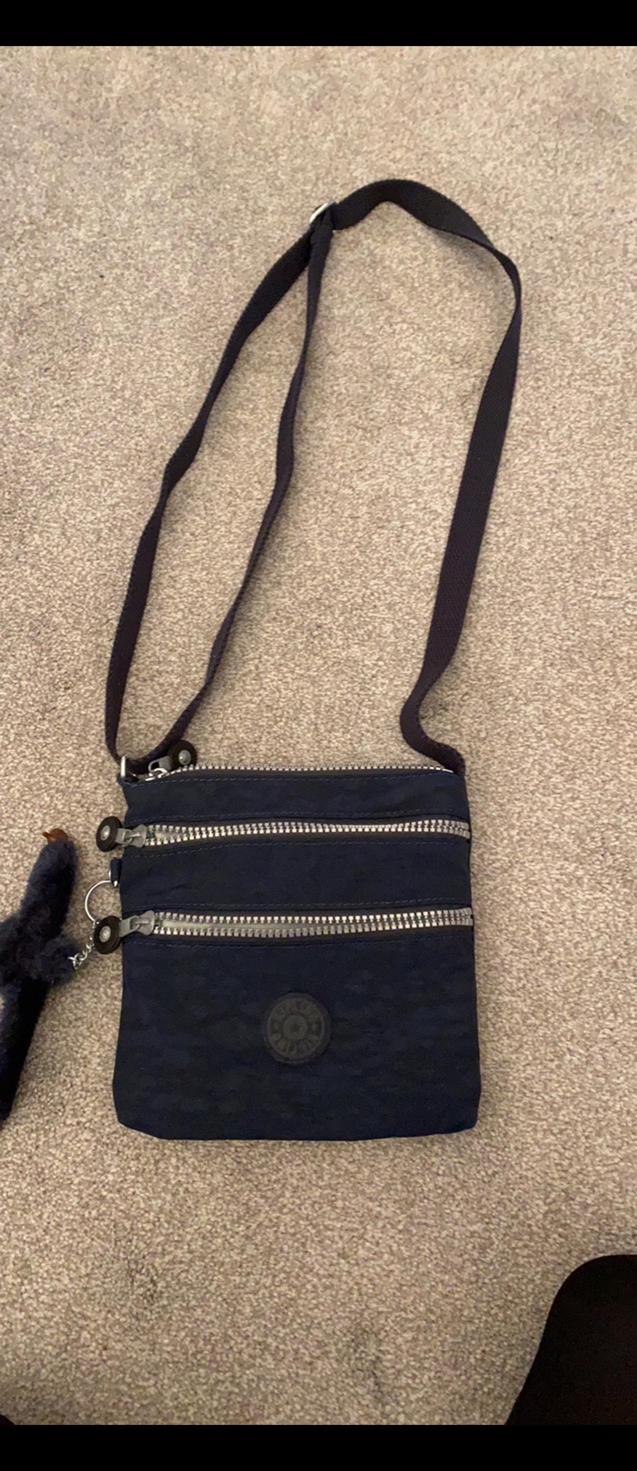 Kipling navy bag Used a few times Excellent condition Collection Hornchurch or delivery £4.95