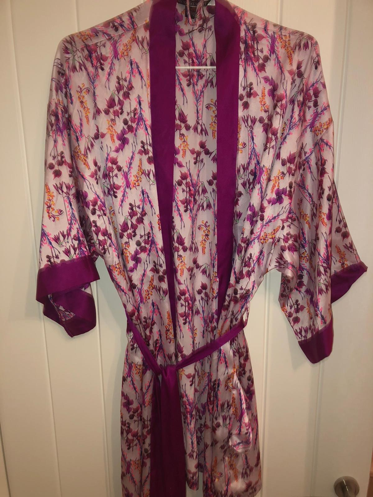 Victoria Secret Robe In S9 Sheffield For 40 00 For Sale Shpock