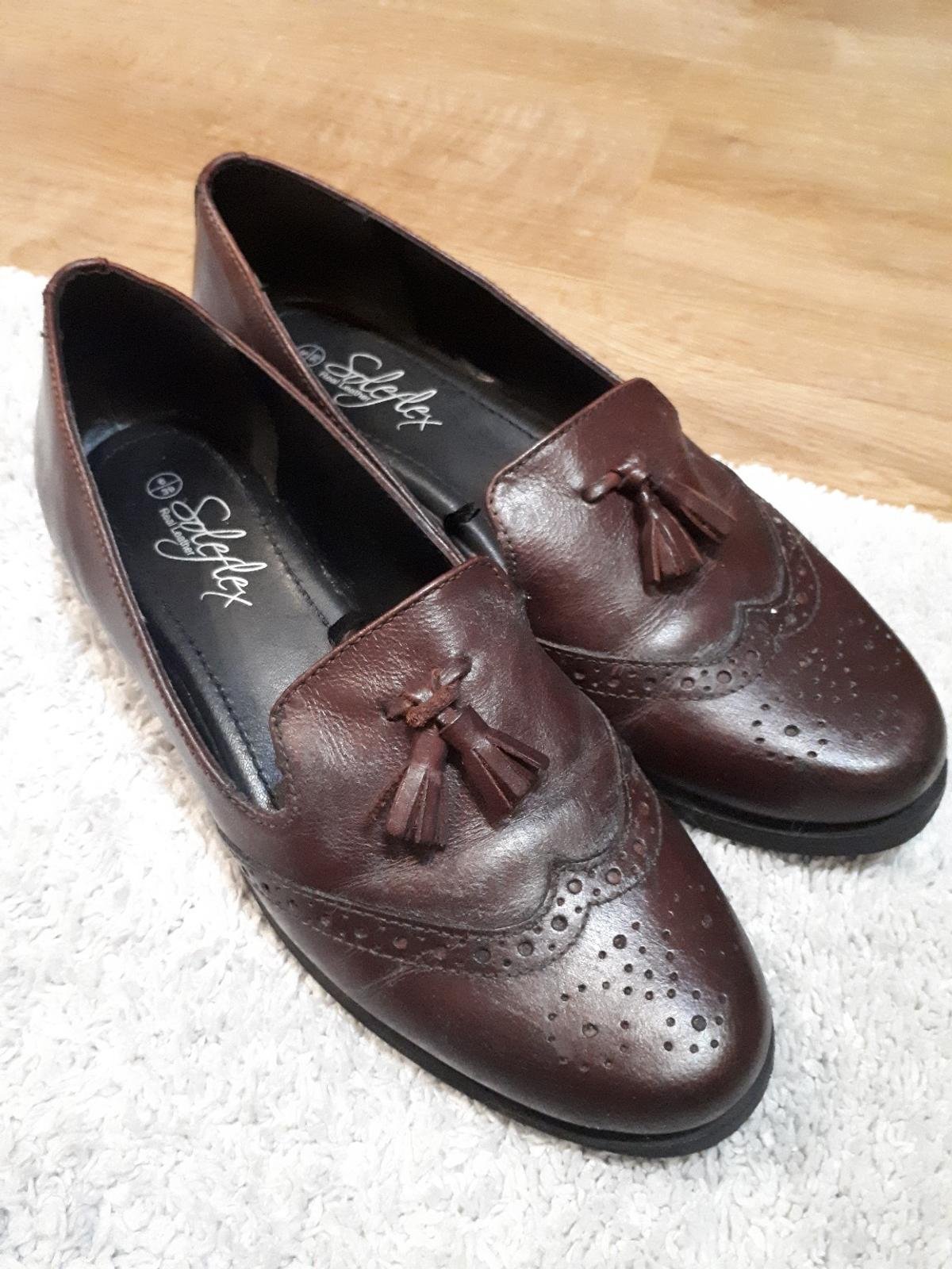 Beatifull like new Real Leather size 6