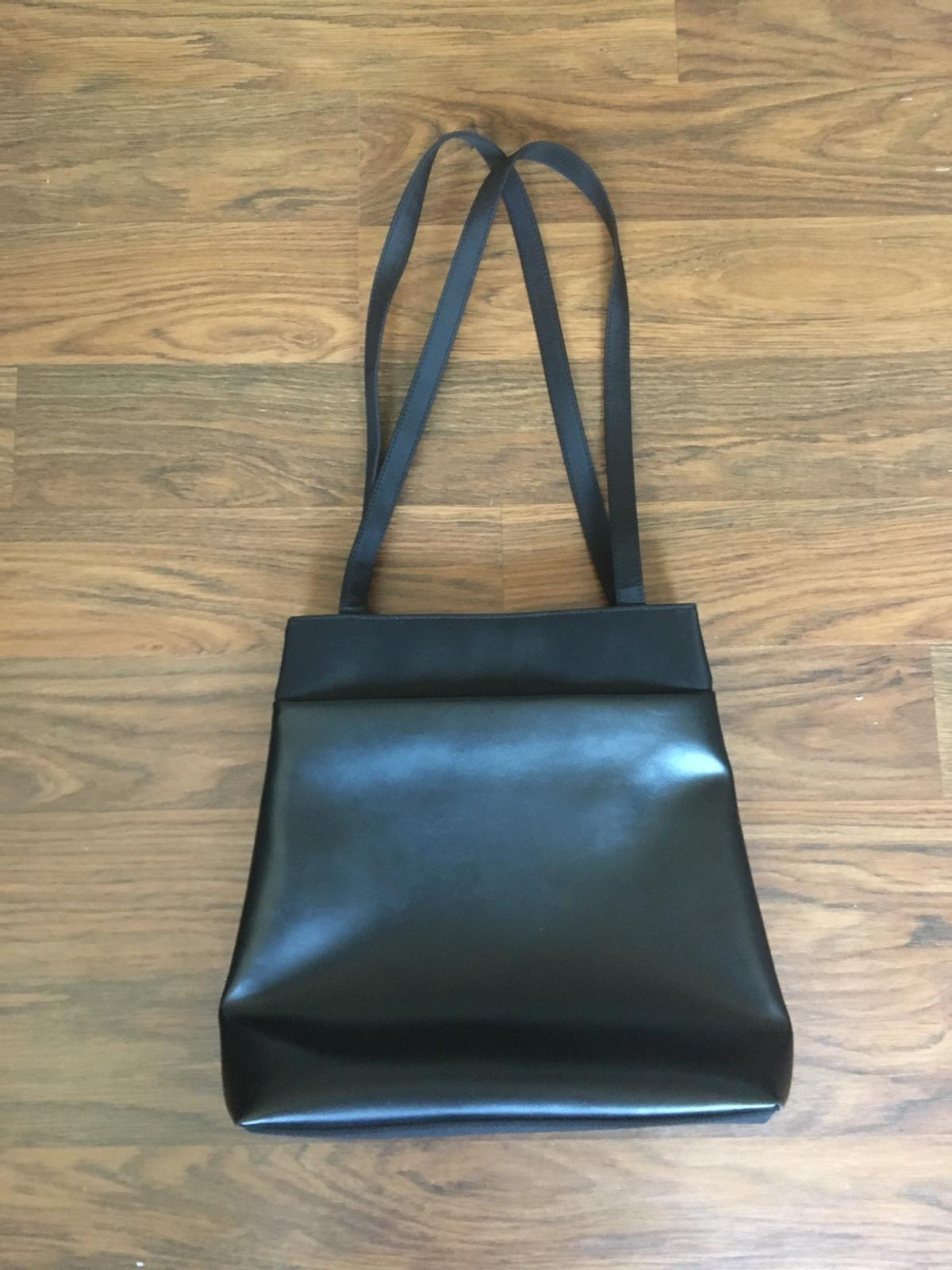 Handbag, very good condition