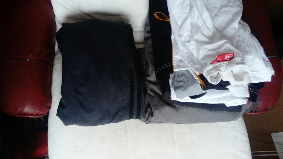 Diesel top size m Calvin kleun hoody sizr m Harbour size m Adidas bottoms size m Polo size m Nike top size m Plus few more items all for one price