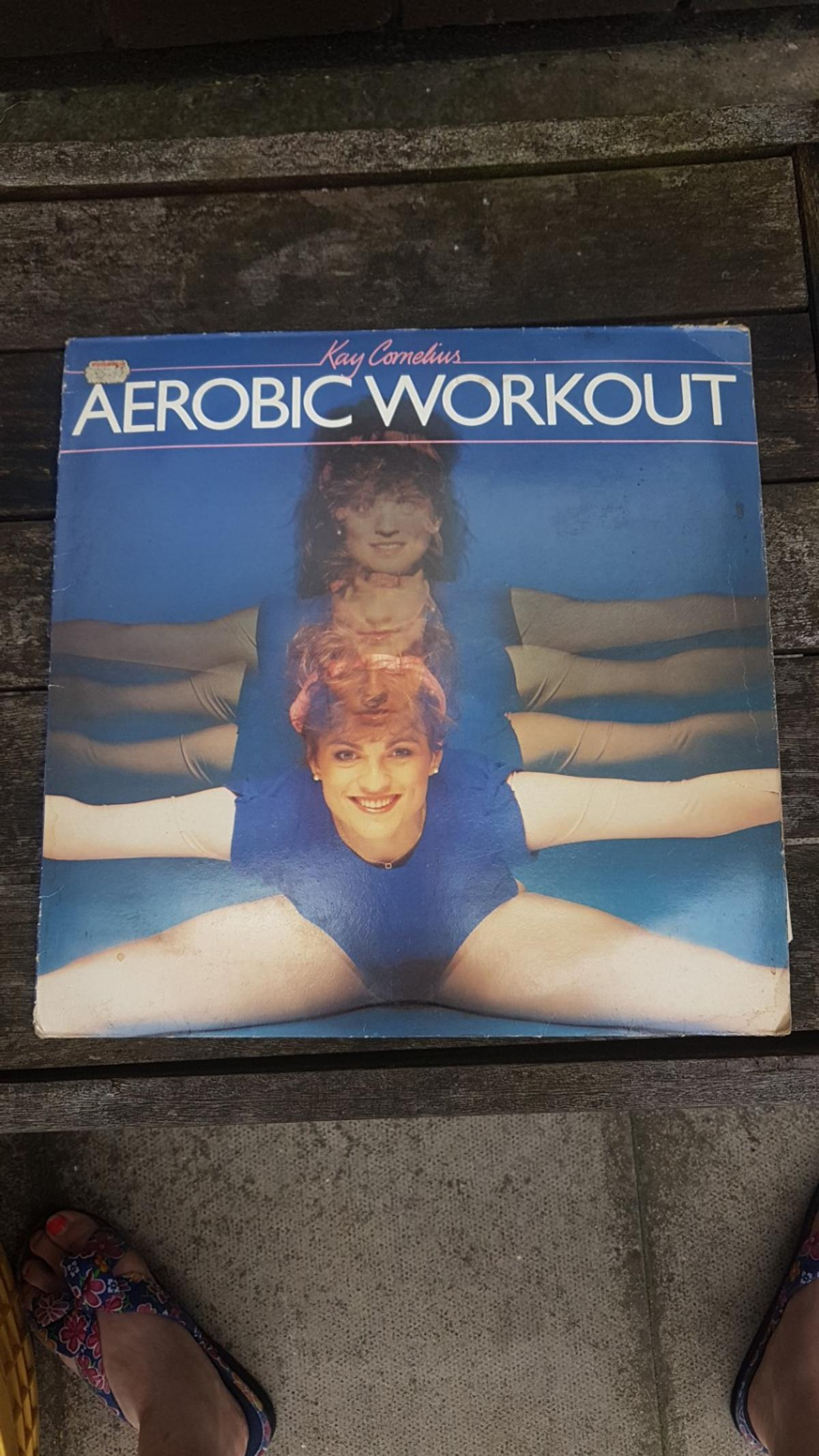includes pull out exercise guide