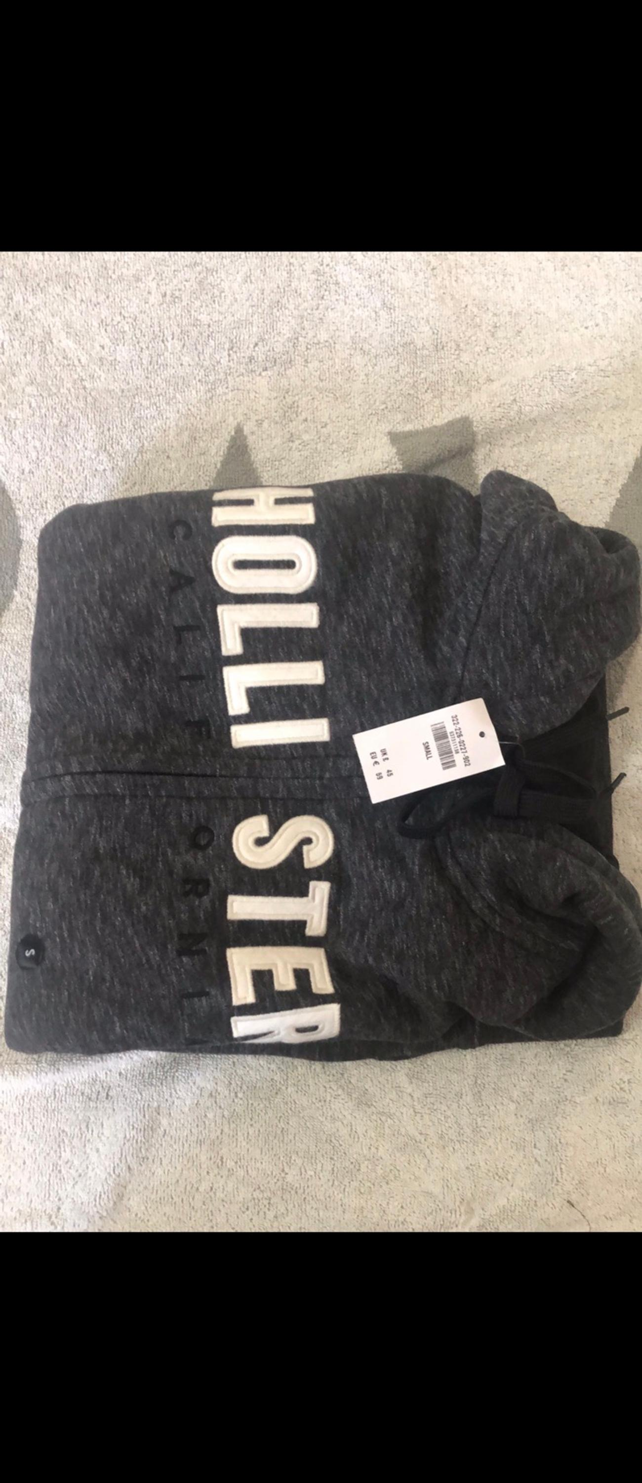 Brand new holister hoodie Size small Sensible offer welcome Collect from east ham also can postage availble with extra fees Thanks 🙏