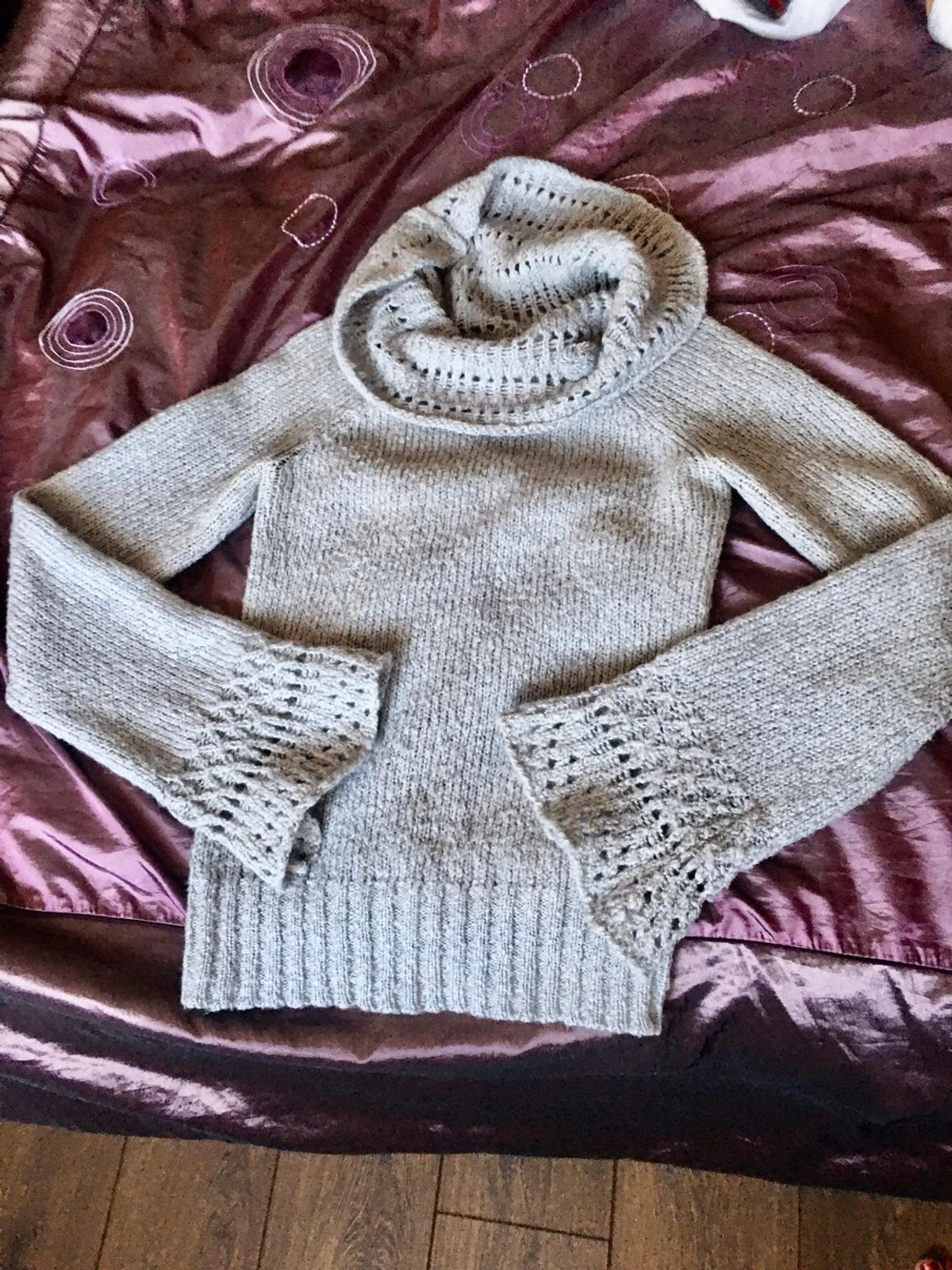 Nice gray jumper size S but can fit size M as well Collection from Leyton Thanks for looking at my other items