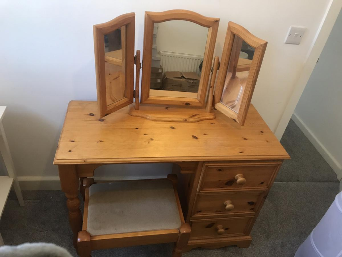 Wooden Dressing Table Mirror Stool In Wn7 Wigan For 100 00 For Sale Shpock