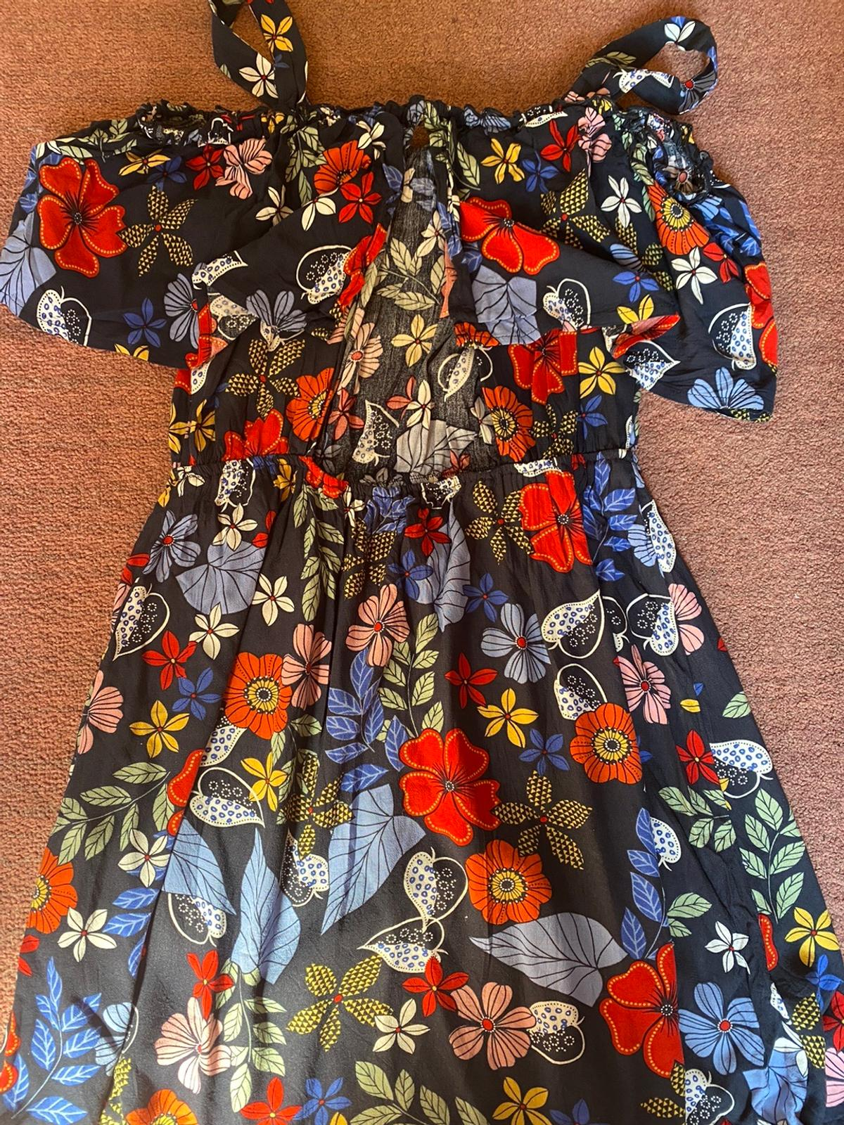 size S, used once only, condition very good