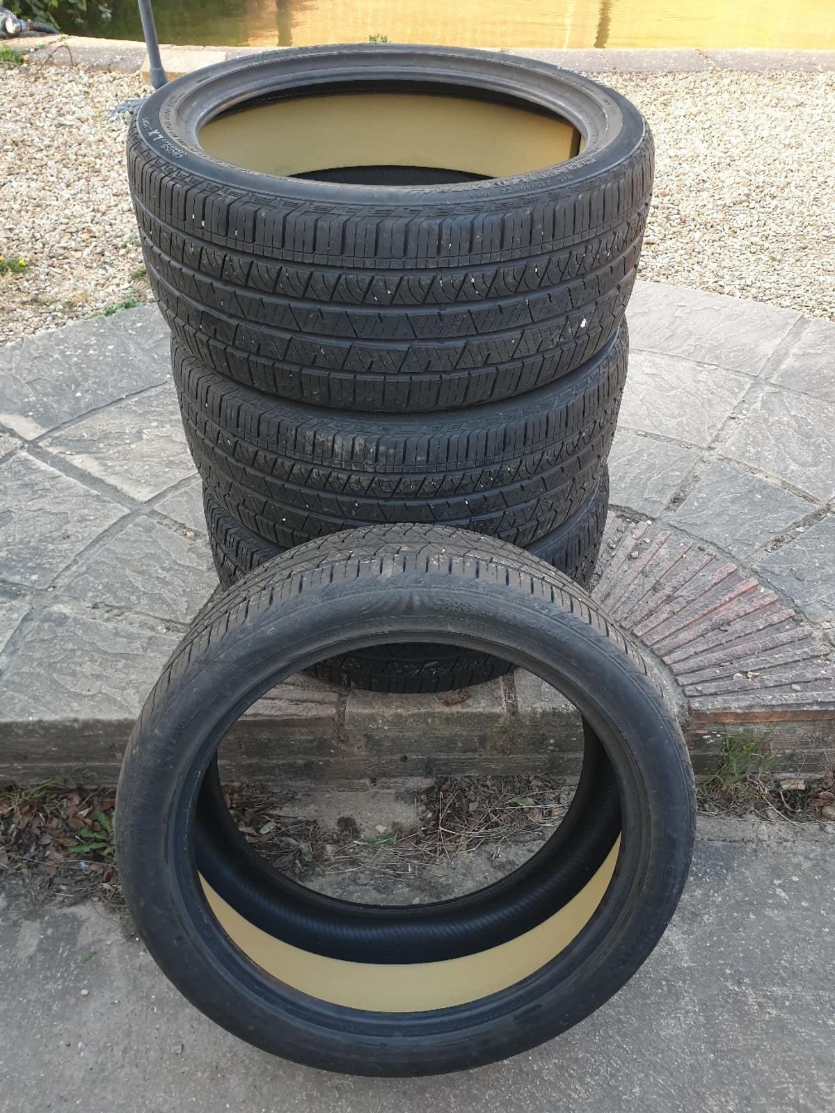 For sale are 4 x 275/40YR22 CONTINENTAL CROSS CONTACT LX SPORT SILENT TYRES. Tyre tread 6mm on all tyres. Any questions please call 079000 55939  COLLECTION ONLY PE12 9QG
