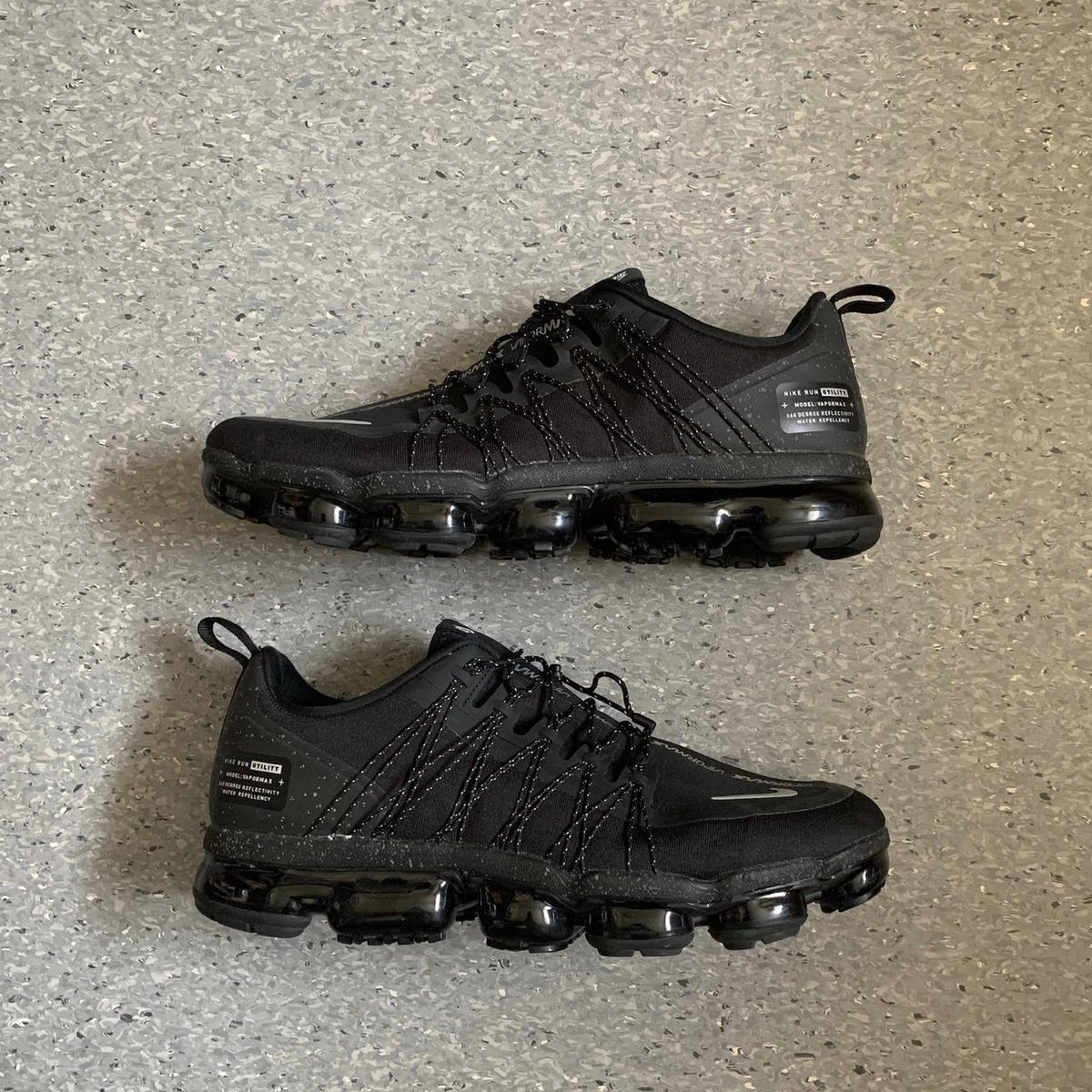 Nike Air Vapormax Run Utility - UK.  £400+ StockX  Selling for cheap due to damaged box and minor scuff marks.