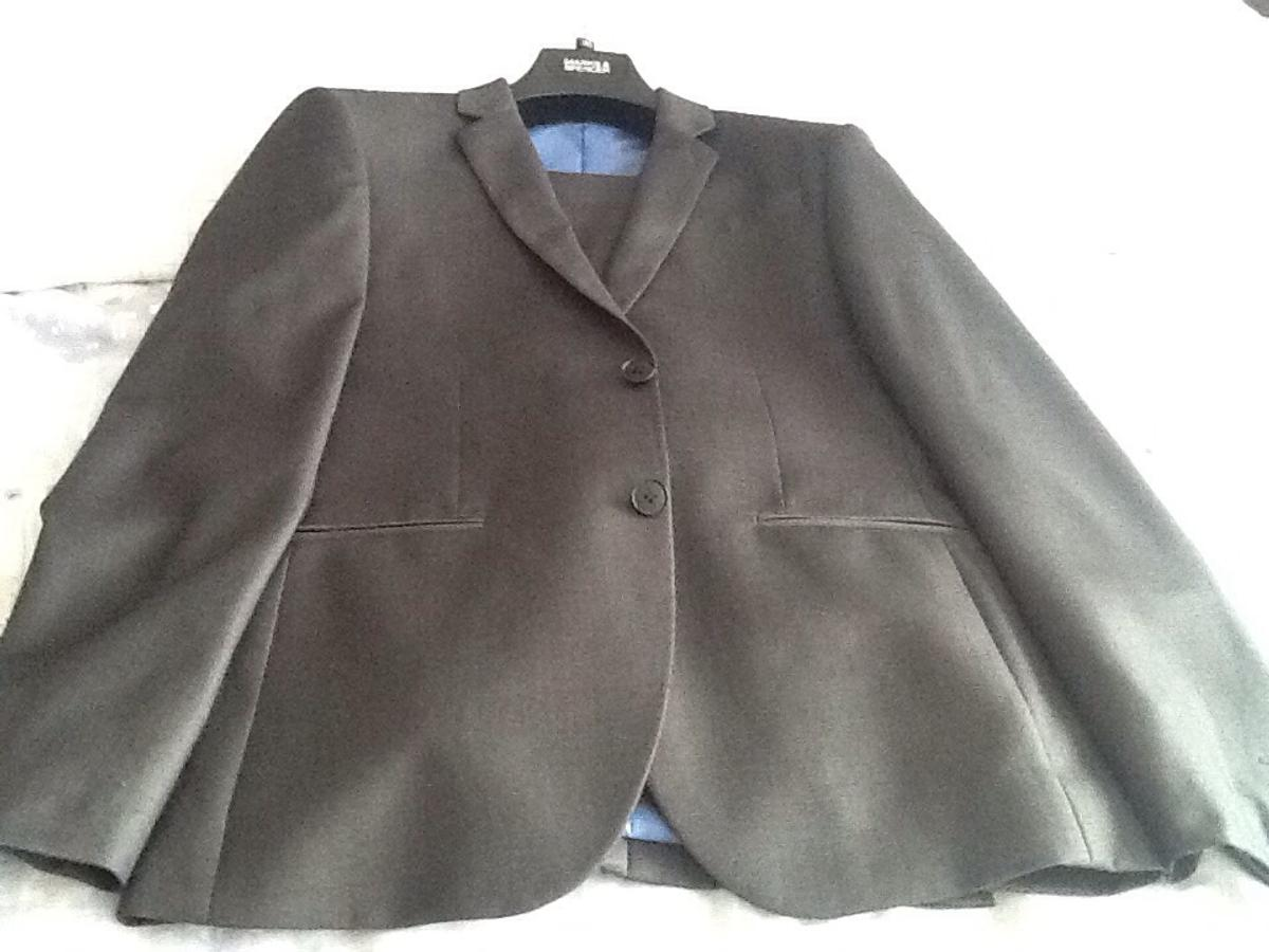 """Limited collection Marks & Spencer super slim fit - Light grey jacket 36"""" chest Limited Collection - Marks & Spencer Trousers waist 30"""" inside leg 33 Only worn once Collect only"""