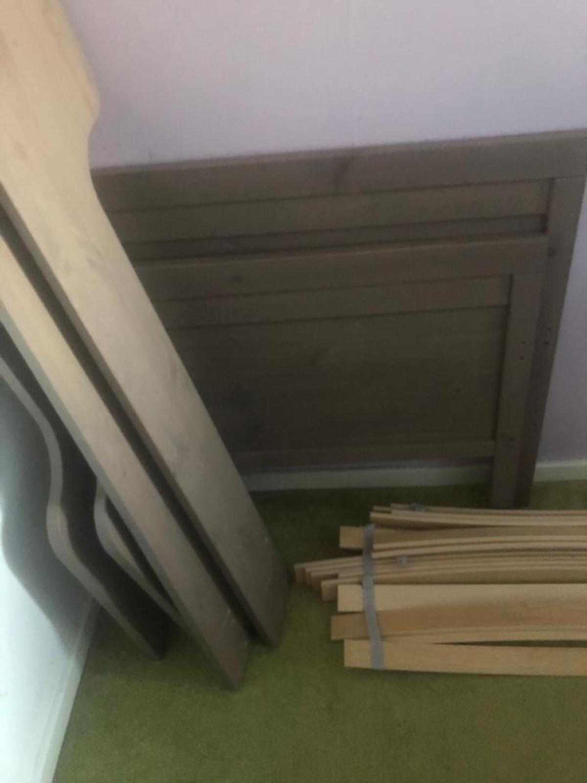 Kid bed very good condition