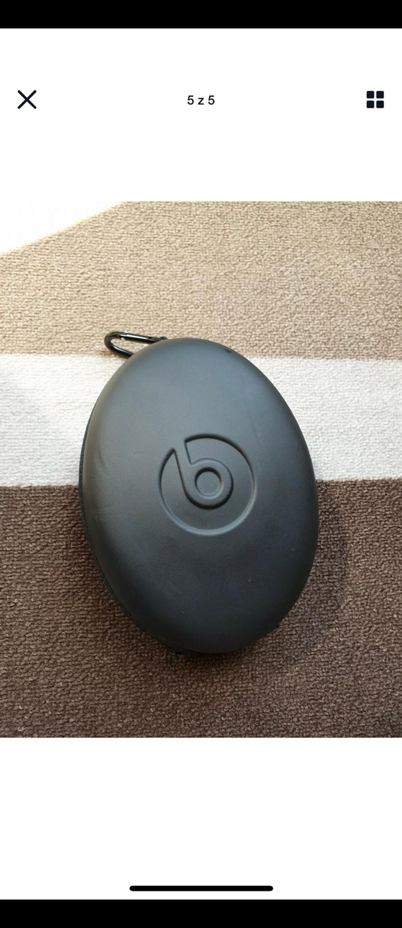 Beats By Dr. Dre Headphones.  Im sorry im not quite sure which generation they are but they are in very good condition and work perfectly.  £55ovno  Any questions please ask