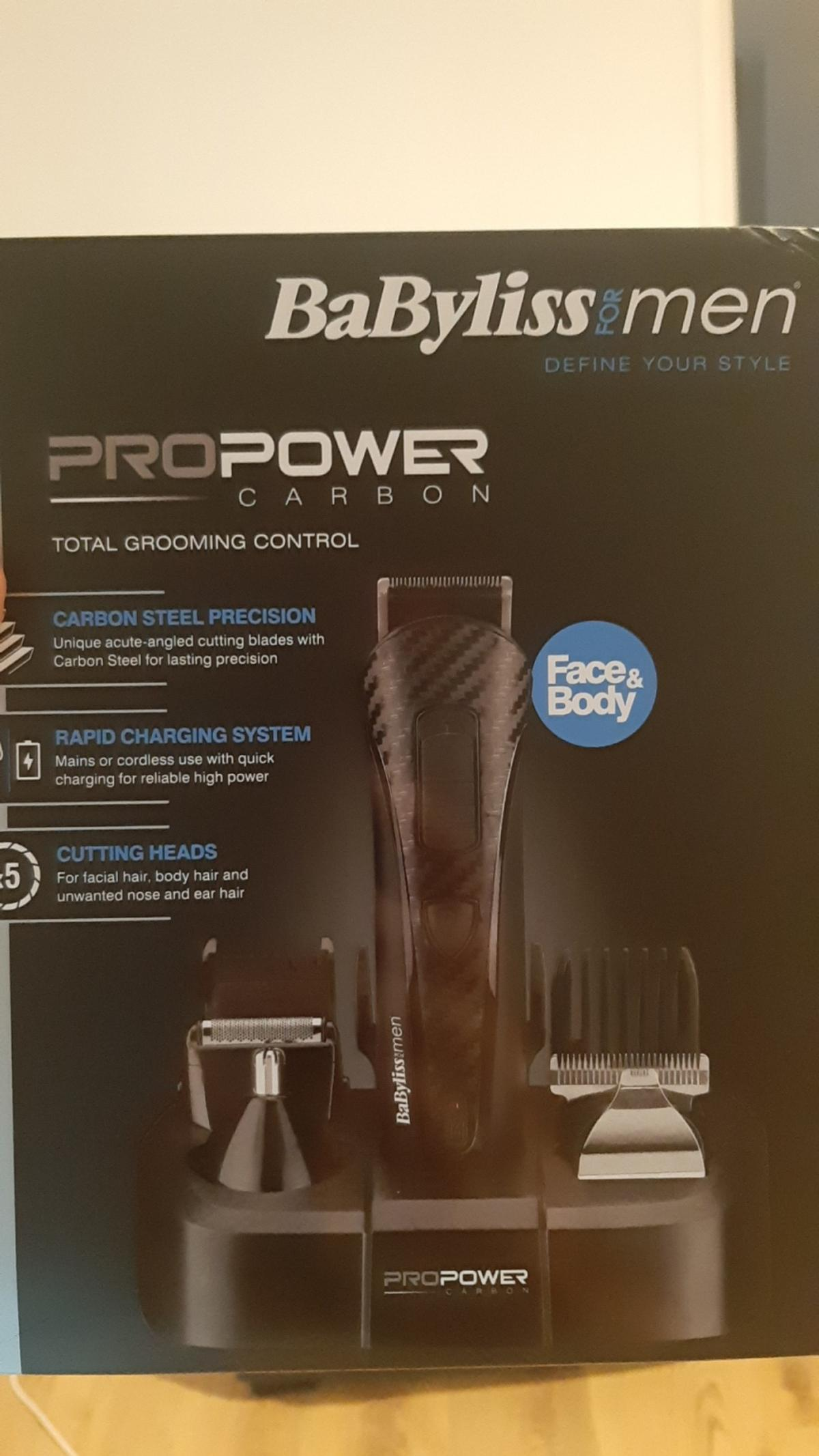 Brand new sealed Babyliss 8 in 1 total grooming control system. Carbon steel blades and rapid charge with 40 mins wireless power.  Will deliver local to Stourbridge or Kidderminster for £35 all in. Delivery £4 extra.  Offers welcome.