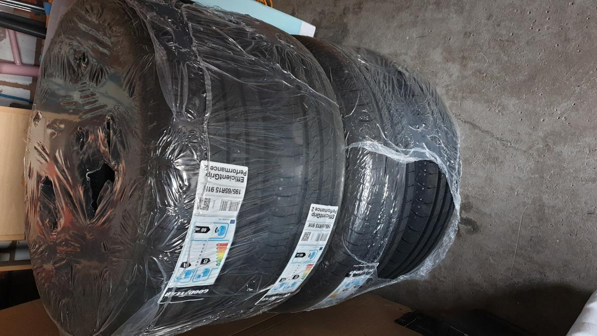 I have 4 x Goodyear 195/65 R15 91 H tyres (Efficient Grip Performance 2). Selling because ordered wrong size. Tyres were ordered last week from Pneus online. Brand new, unopened, still in original packaging. Collection only or can deliver locally