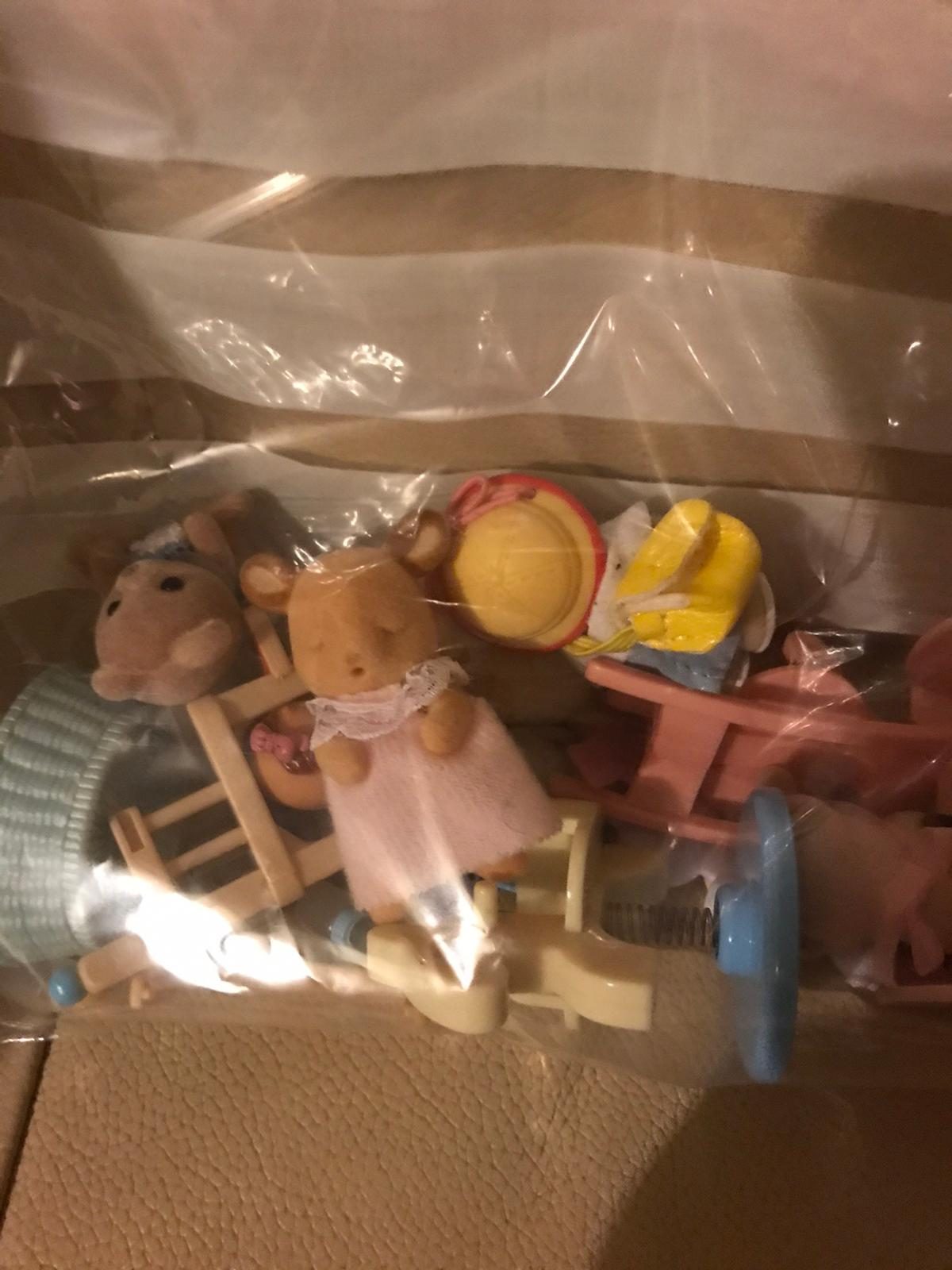 I've put an advert on for SYLVANIAN families for the whole bulk selling price and no offers THANKYOU . Here are the rest of the items