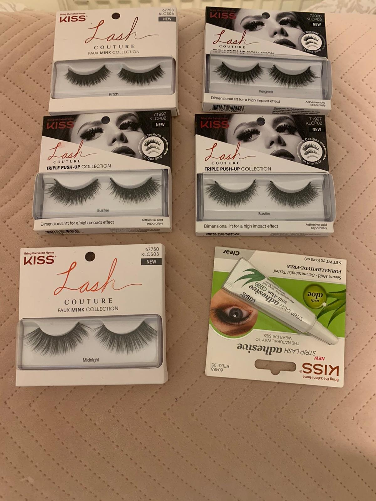 5 sets of different style eyelashes and 1 strip lash adhesive. Brand new and never been opened.