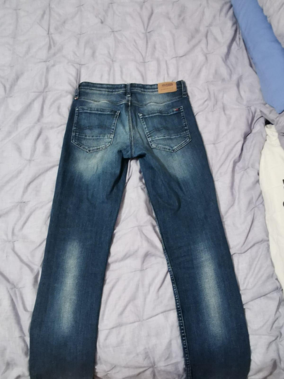 """Size corresponds to small mens waist is 29"""" Never really worn too much Want gone quick so up for offers"""
