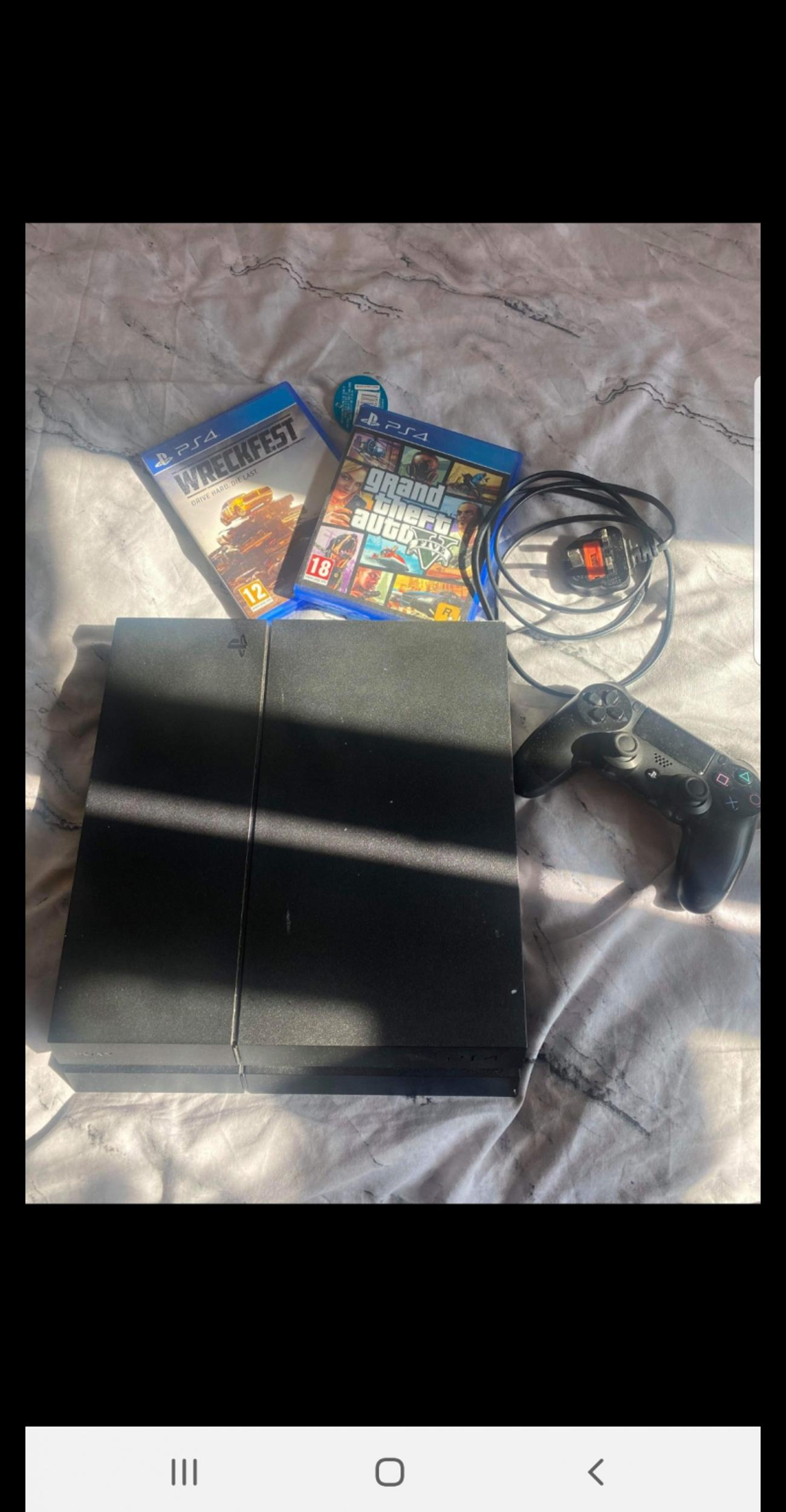 immaculate condition selling due to it not being used comes with everything shown in pictures also the box delivery avaliable, open to sensible offers