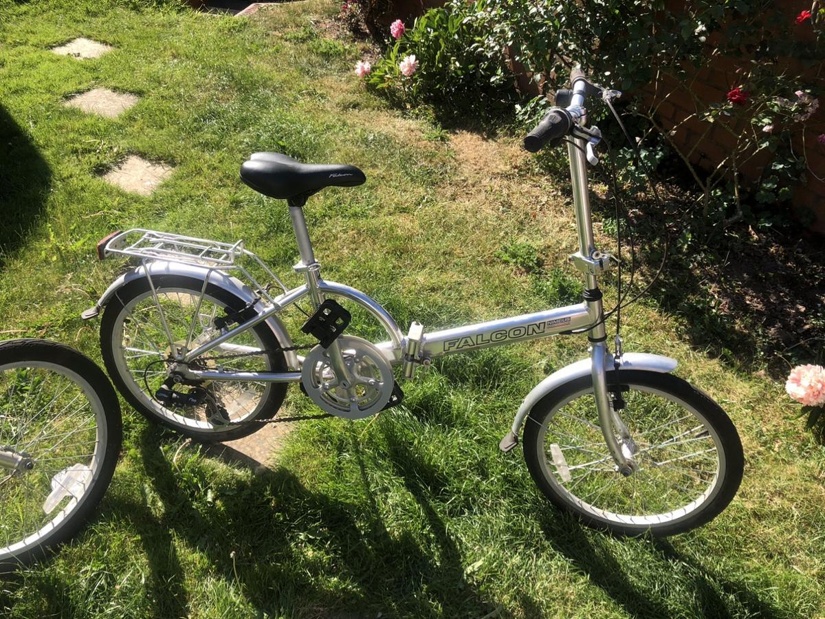 2 good folding bikes, need a good clean and an oil.