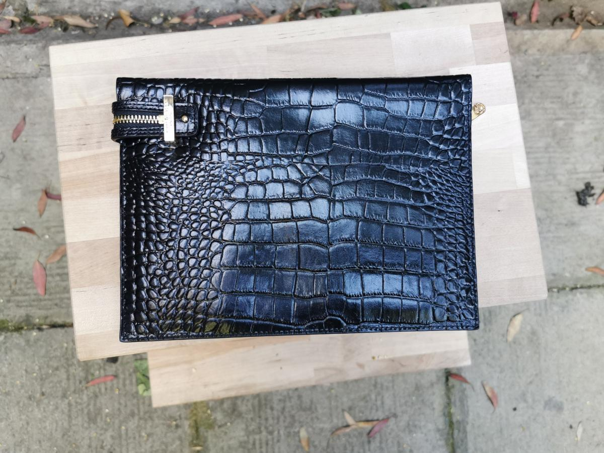 Kurt Geiger bag. Brand new.  #kurtgeiger #blackclutch #blackpurse #blackbag #kurtgeigerbag