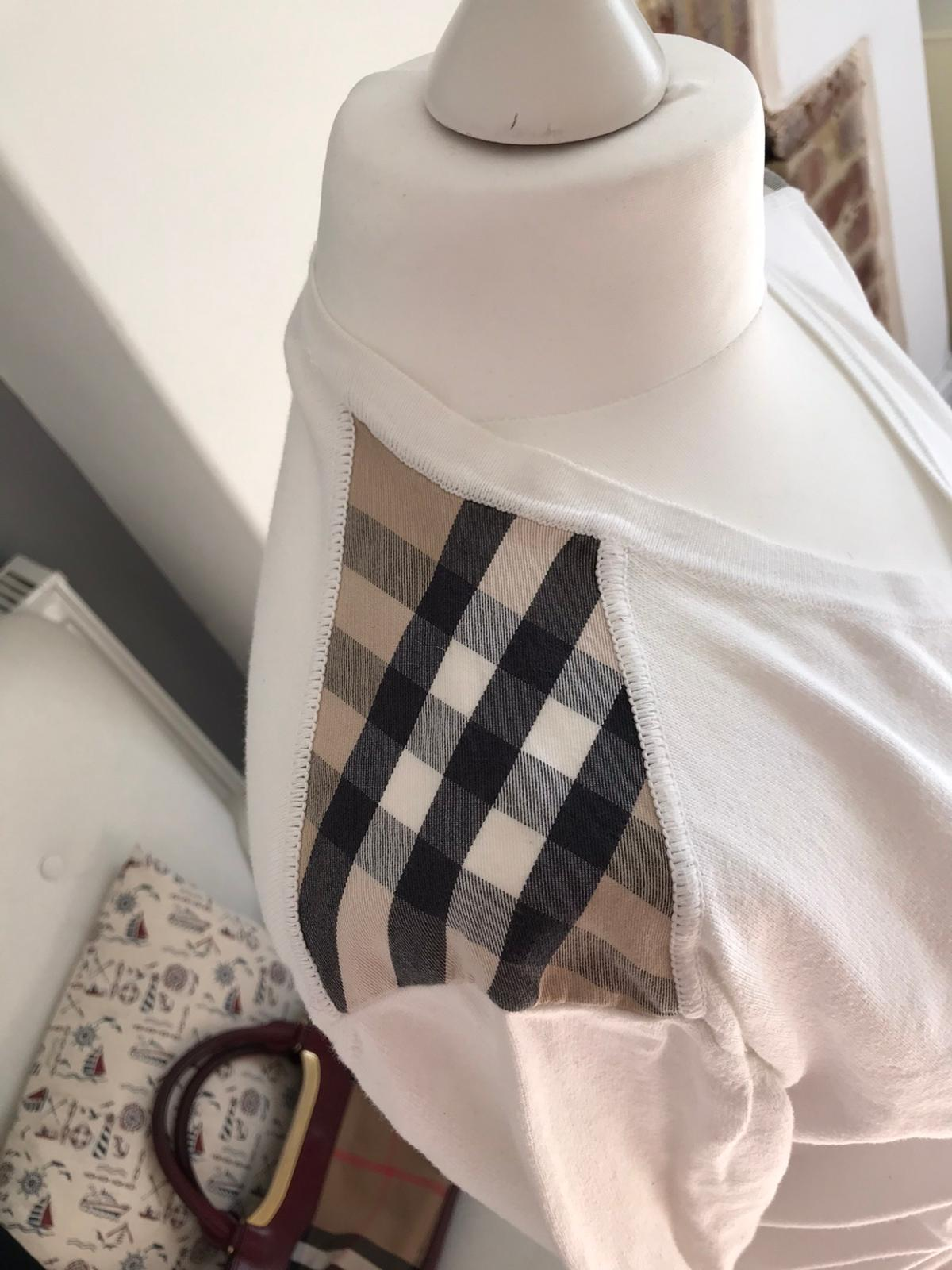100% authentic Lovely Burberry cotton jumper Nova check on the shoulders Worn a couple of times. Excellent condition Men's size Small although I'm a Woman's medium and I wore it. Was lovey on me aswell. So could suit a man or a woman. No offers please!
