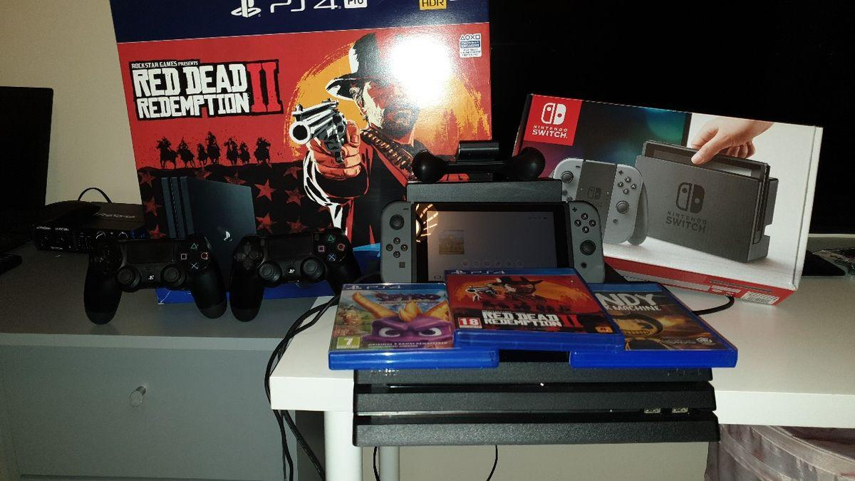 PS4 1TB in good condition and Nintendo Switch Will be sold via PayPal and delivered within 3 days depending on address