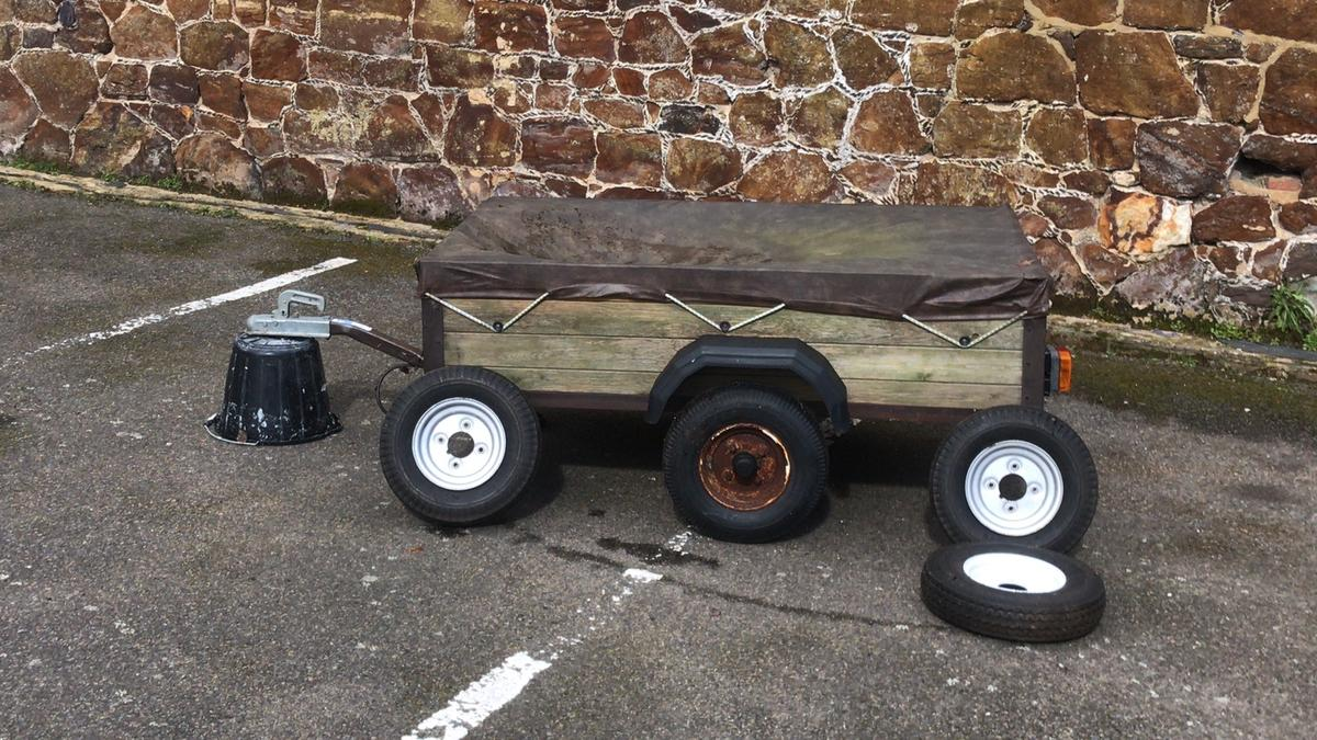 Ideal trailer for taking extra waste to the tip, or weekends away camping/fishing! Due to no use in the last year im selling the trailer. 5ft long 3ft wide all lights working. 3no extra spare wheels with tyres & raincover. Collection only TN15 7AB