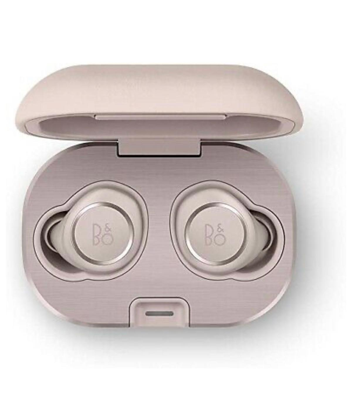 Bang & Olufsen Beoplay e8 2.0 Wireless Bluetooth Earbuds and charging case - Sandstone.  Band new in sealed box