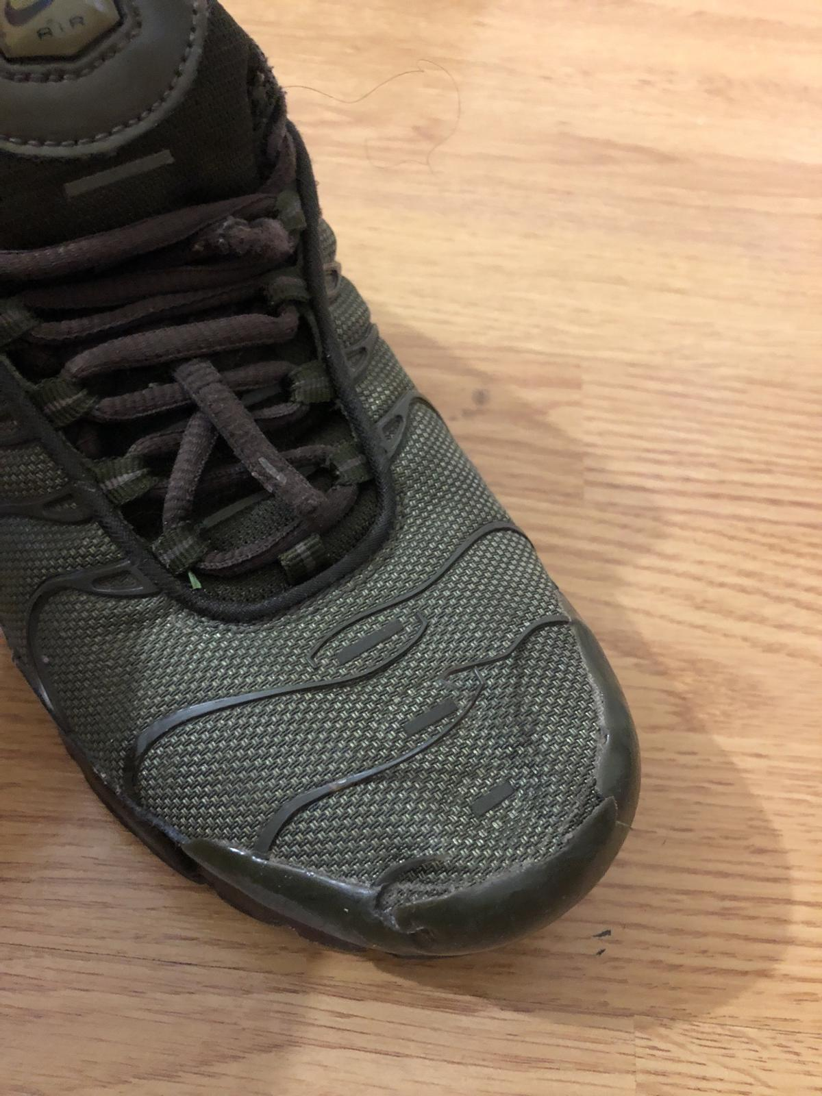 military green tns size 6. slight defects on right shoe. laces need to be replaced  collection only ec1v 07583741005
