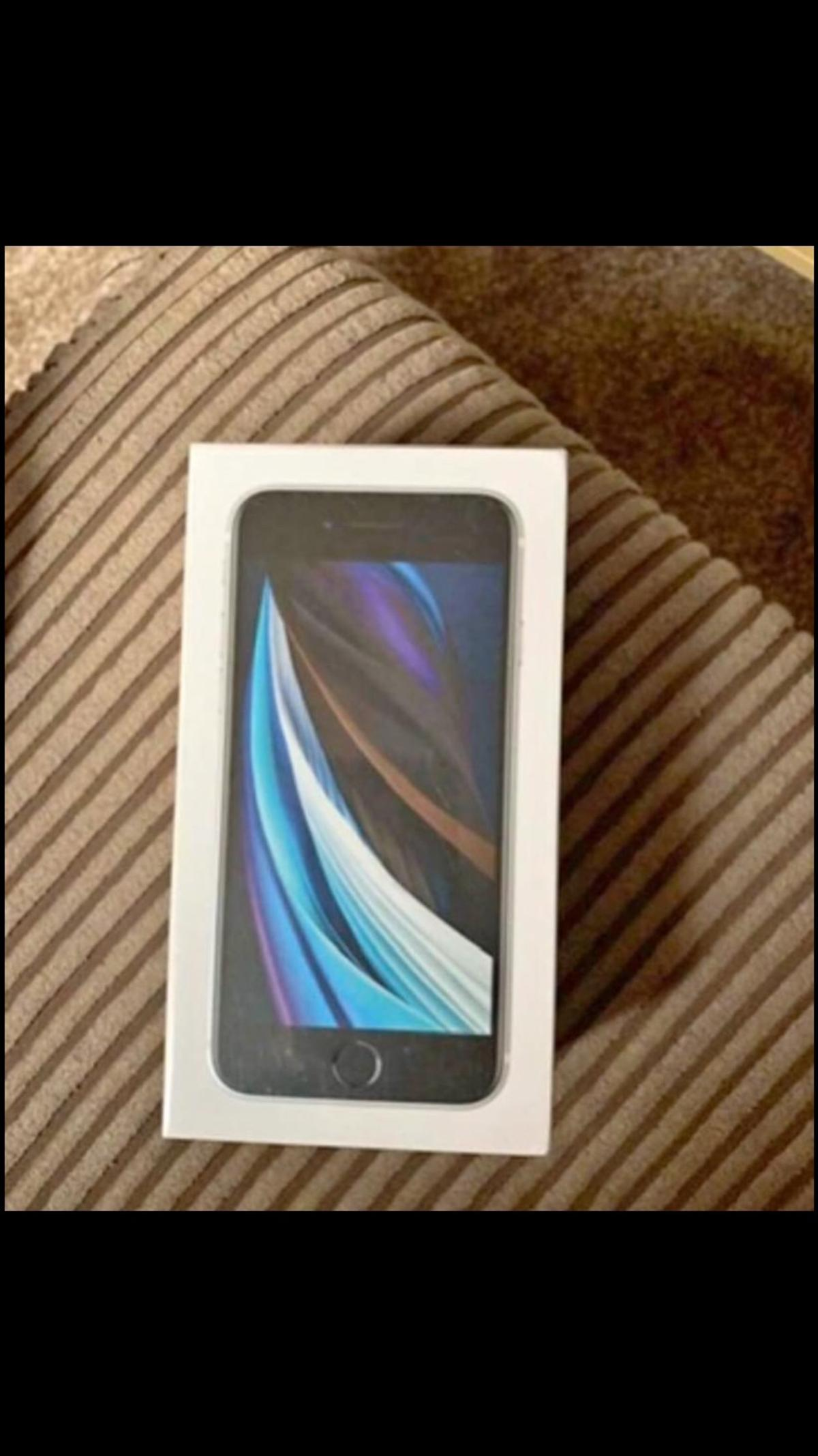 Brand new in box and sealed iPhone se 2020 64gb Locked to Tesco/o2 Quick sale needed Unwanted upgrade Open to offers