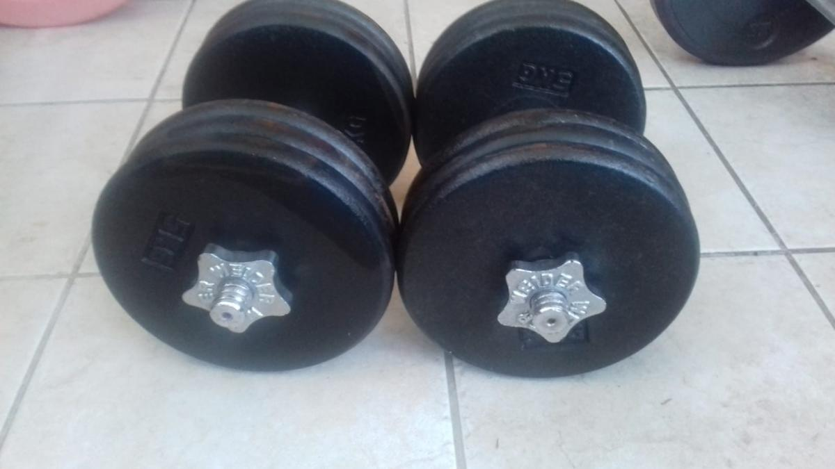 2x 30kg adjustable spinlock dumbells. 6 x 5kg weights on each. local delivery or collection only.