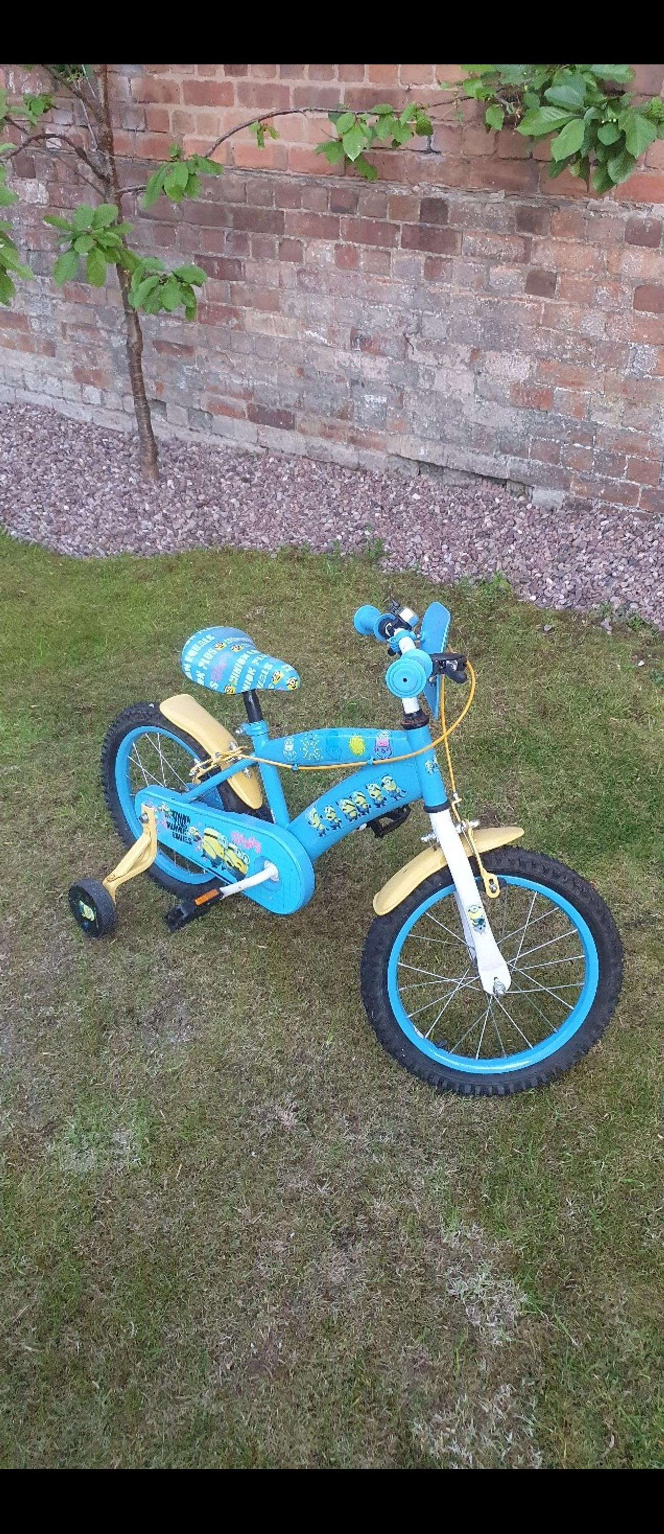 Good condition boys bike, needs a bit of TLC. Bargain priced to sell quick.