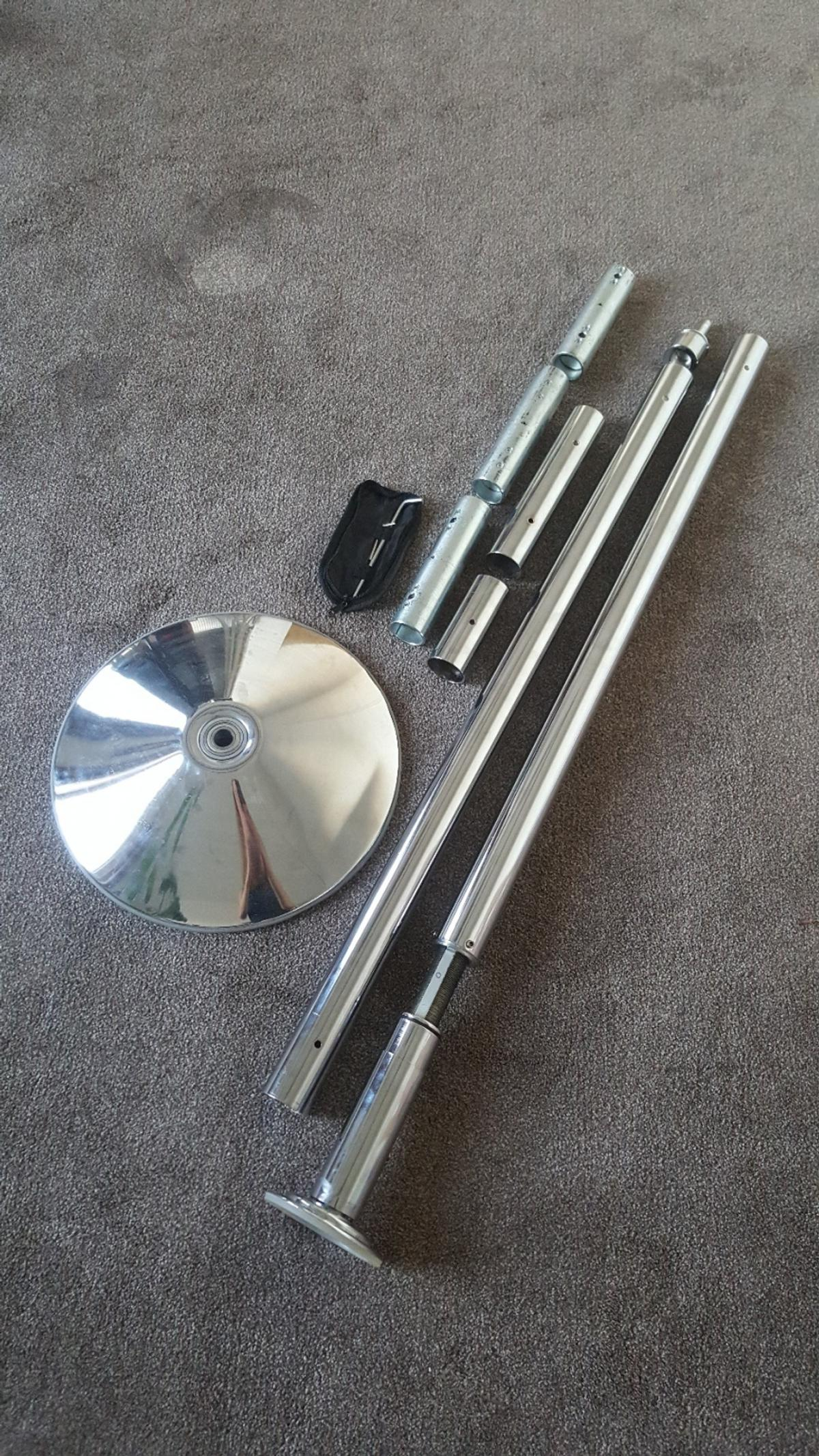 X-pole Xpert dance pole, chrome finish, 45mm diameter. Has spinning and static option. Super easy to assemble. Fits ceiling height 2235-2745 mm). All original bits in very good condition (no bag).