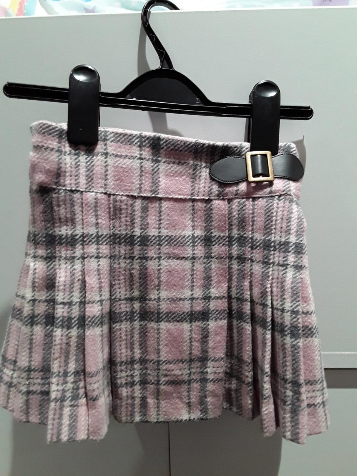 next girls skirt age 2/3 collection only
